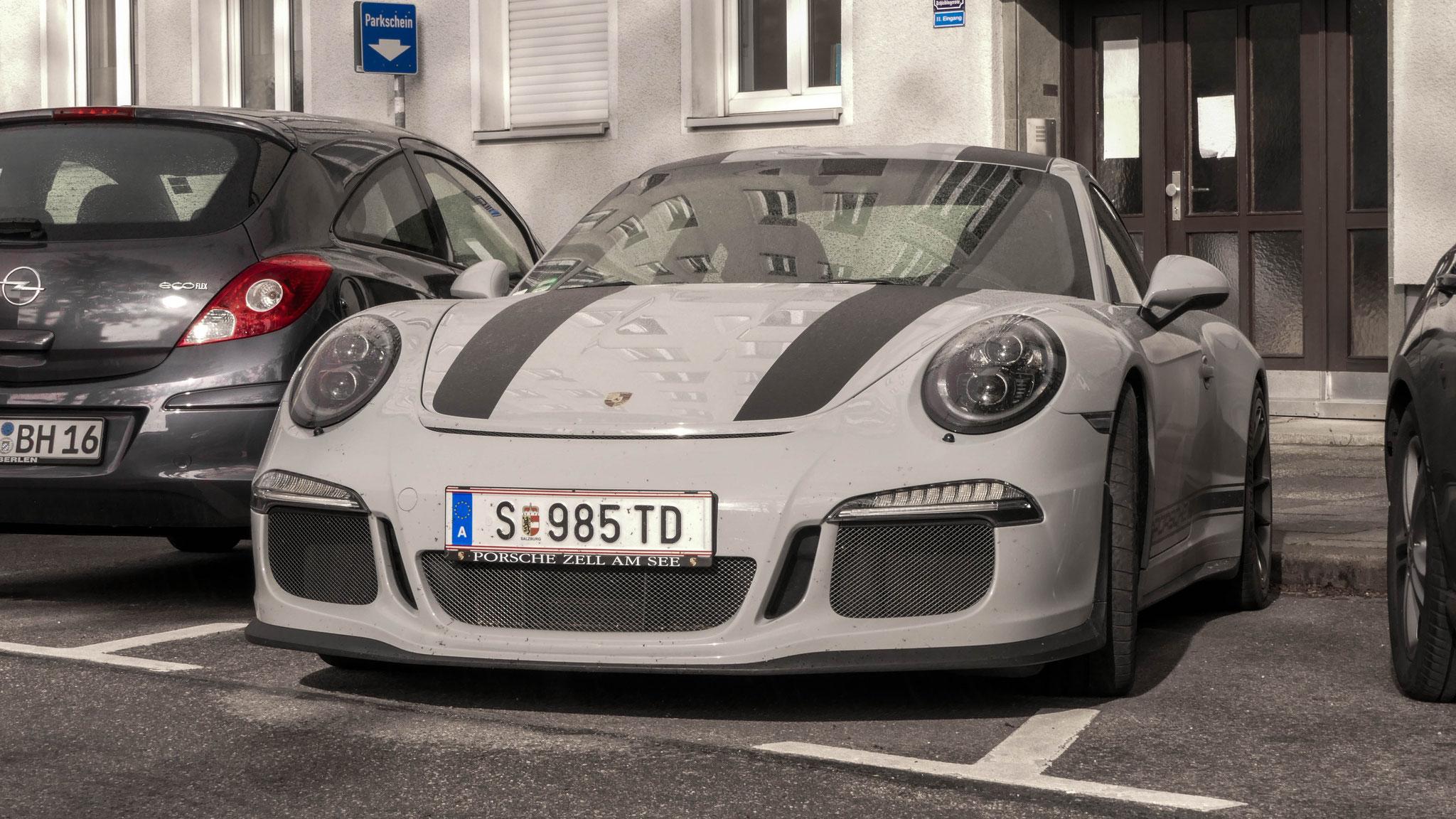 Porsche 911 R - S-985-TD (AUT)