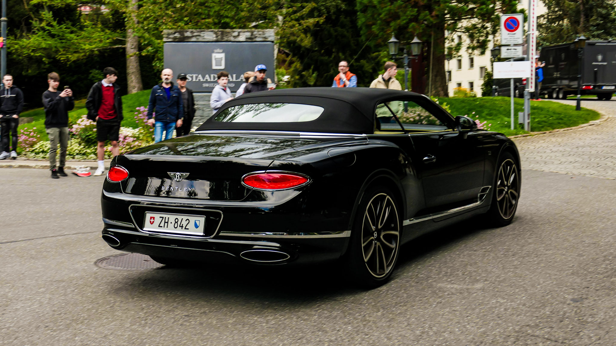 Bentley Continental GTC - ZH-842 (CH)