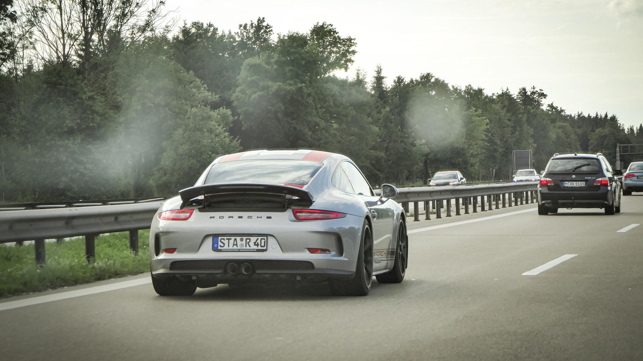 Porsche 911 R - STA-R-40