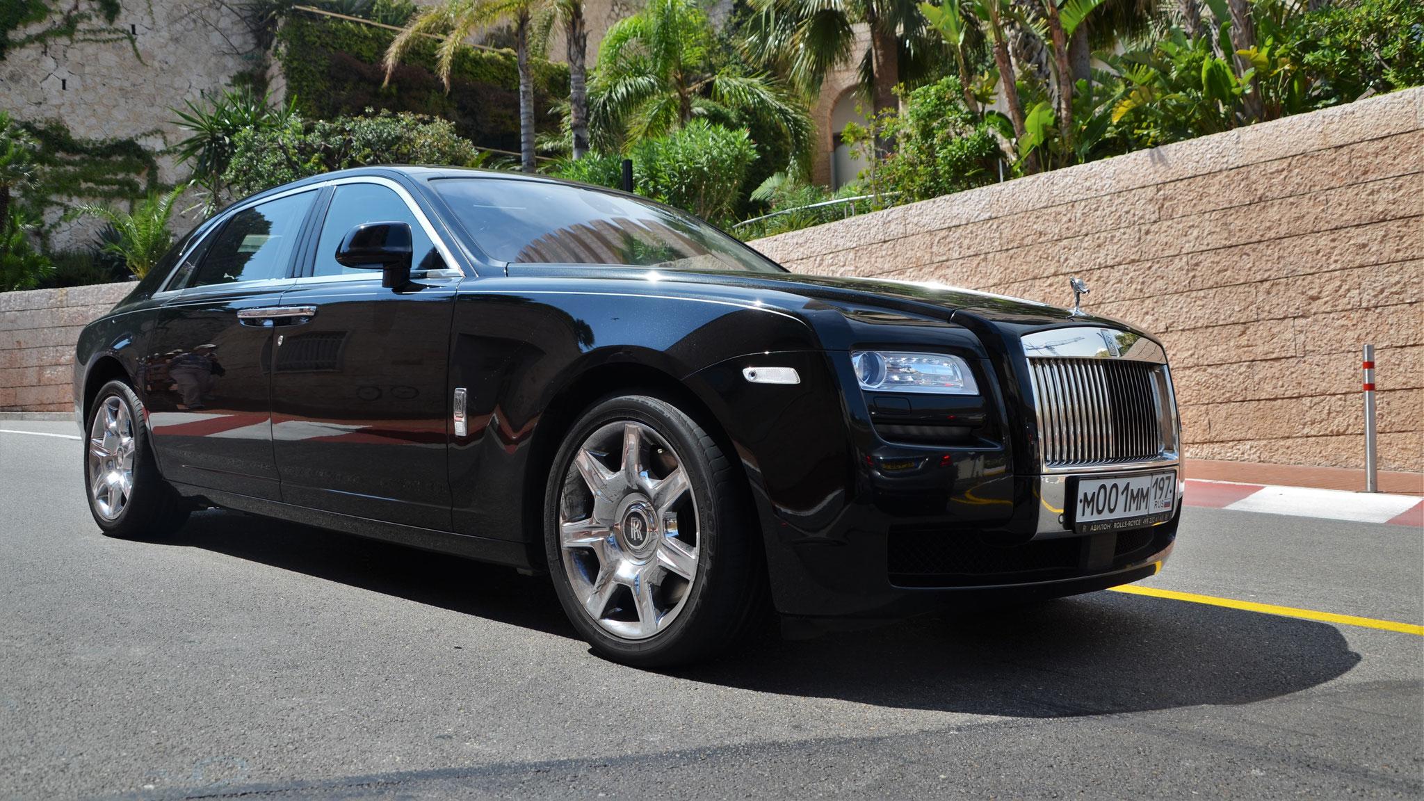 Rolls Royce Ghost - M-001M-197 (RUS)
