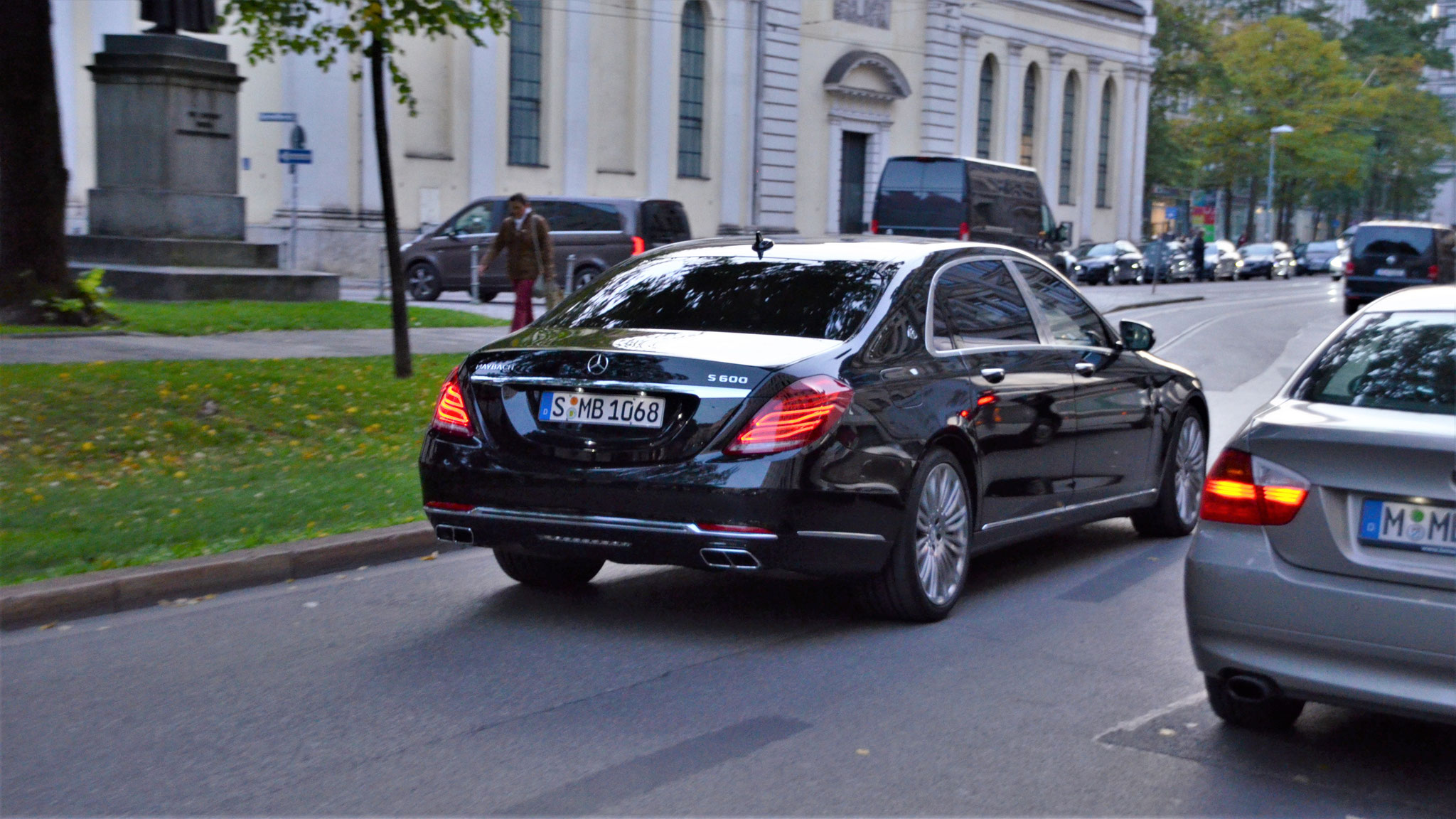 Mercedes Maybach S600 - S-MB-1068