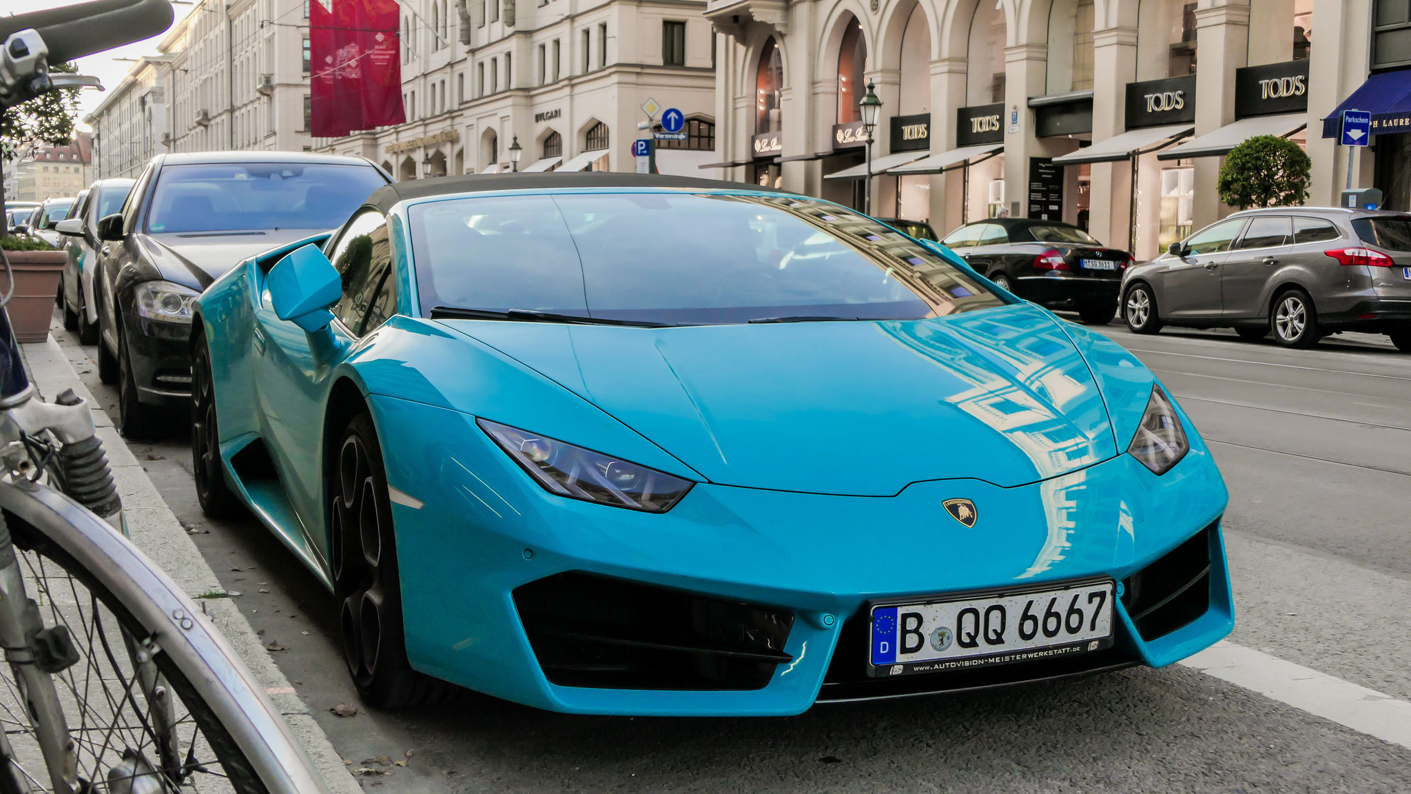Lamborghini Huracan Spyder - B-QQ-6667
