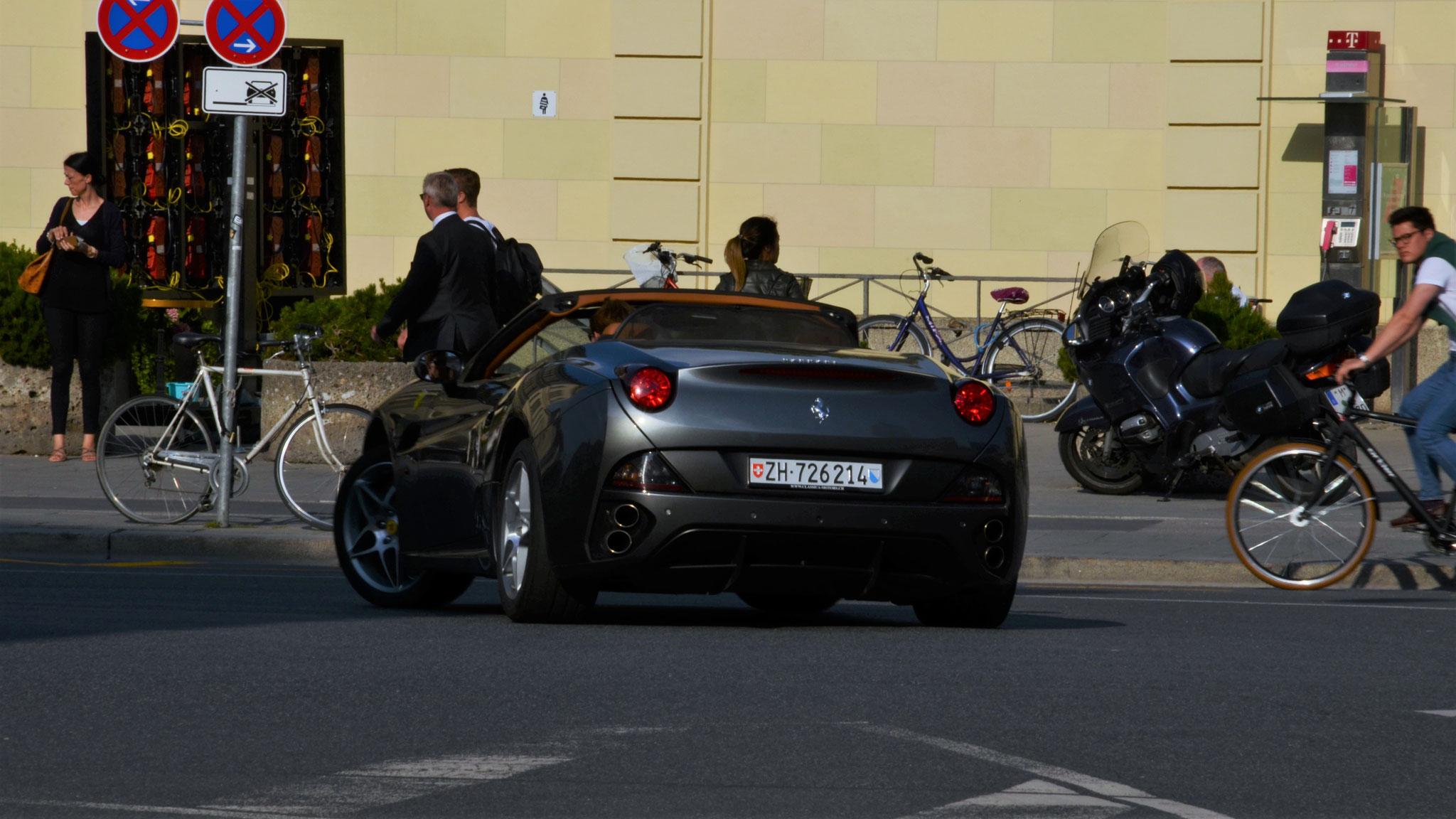 Ferrari California - ZH-726214 (CH)