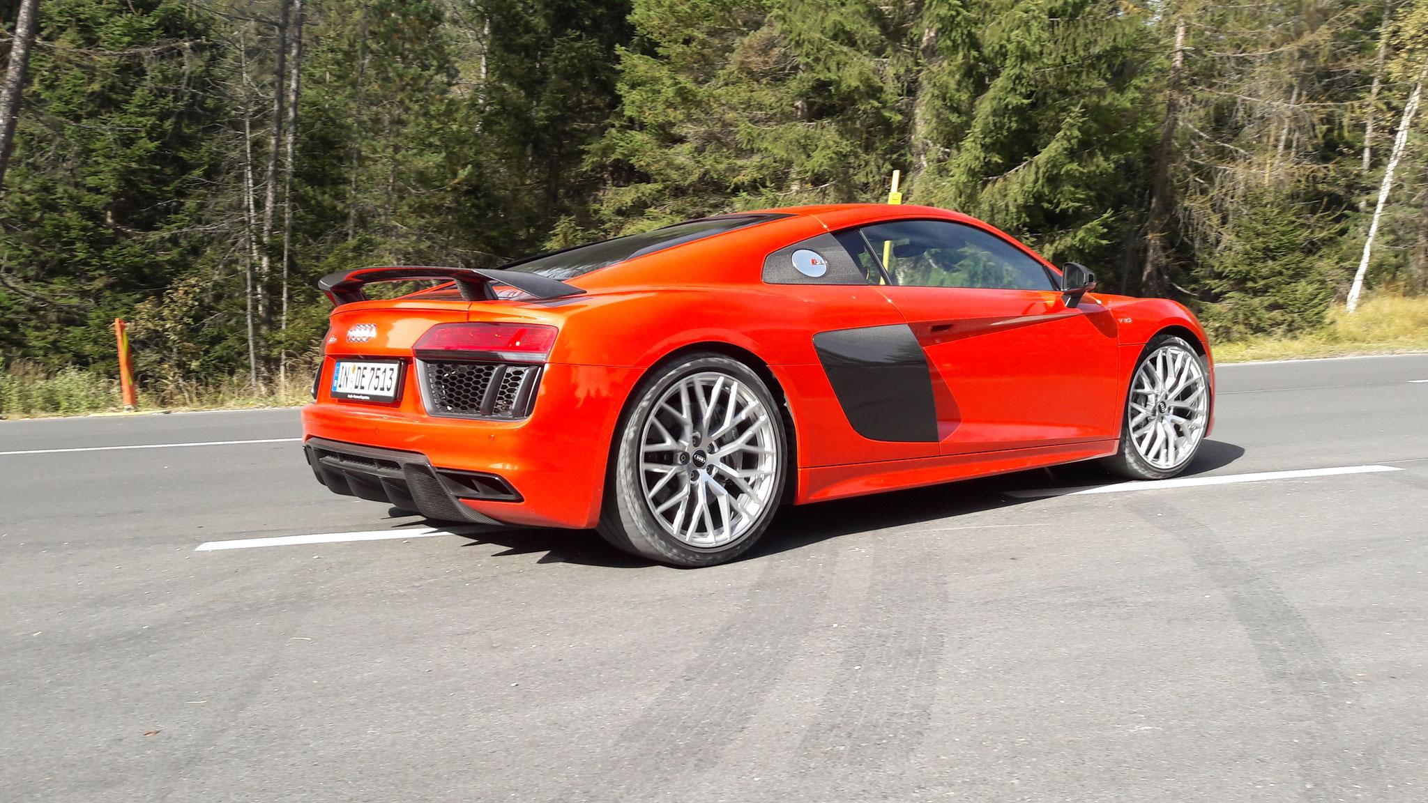 Audi R8 V10 - IN-DE-7513