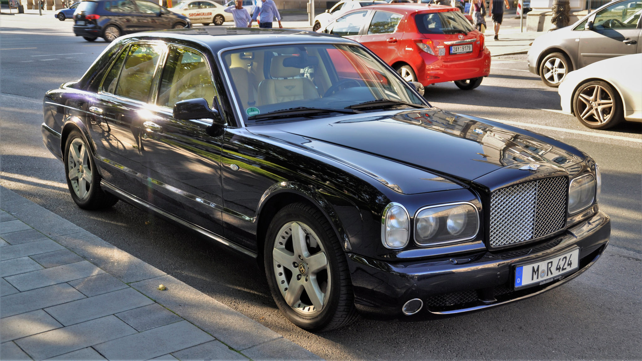 Bentley Arnage - M-R-424