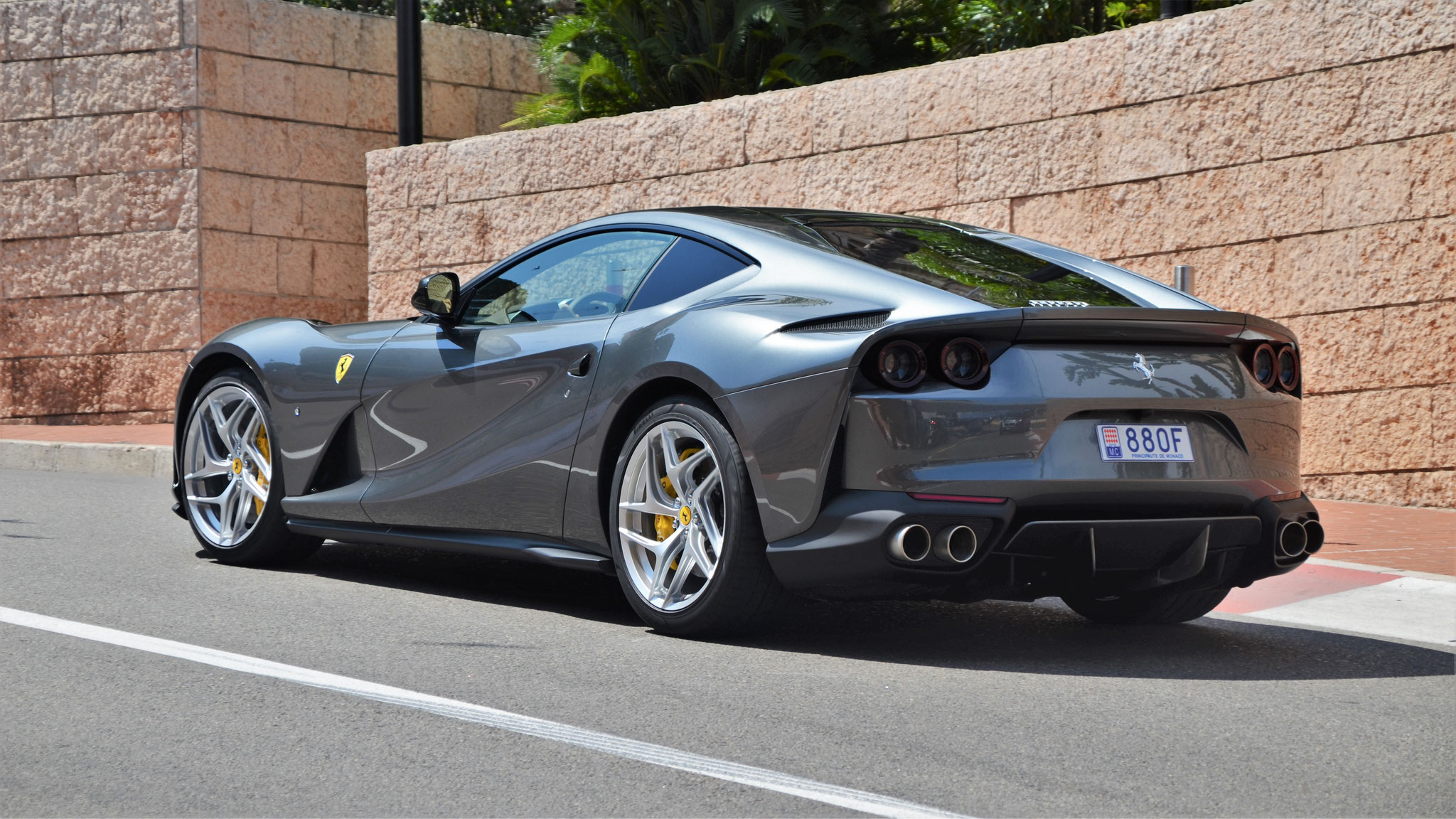 Ferrari 812 Superfast - 880F (MC)