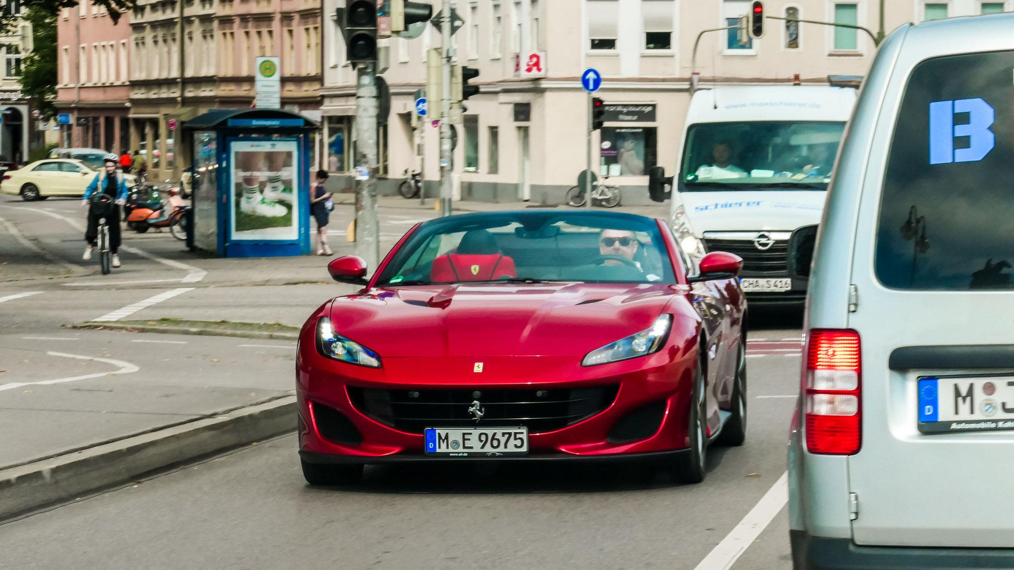 Ferrari Portofino - M-E-9675
