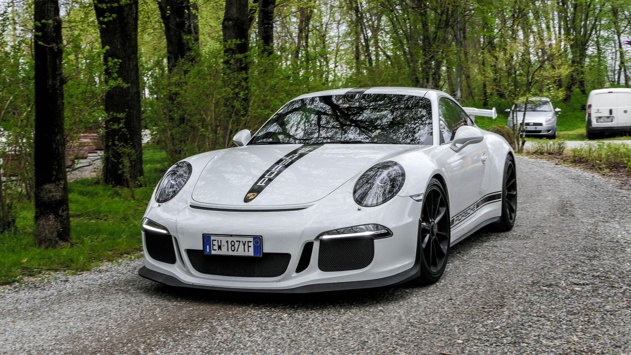 Porsche 991 GT3 - EW-187-YF (ITA)