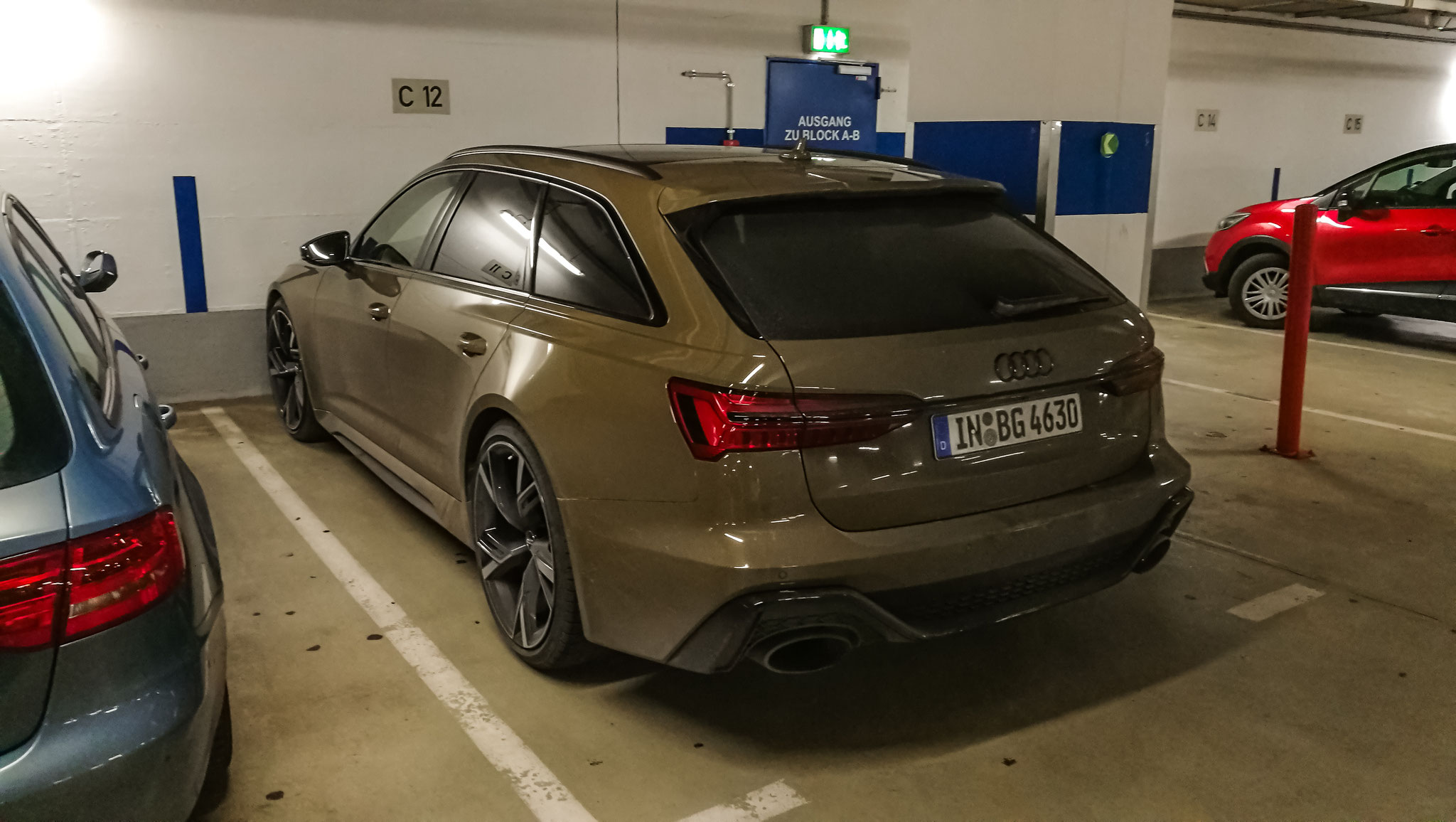 Audi RS6 - IN-BG-4630