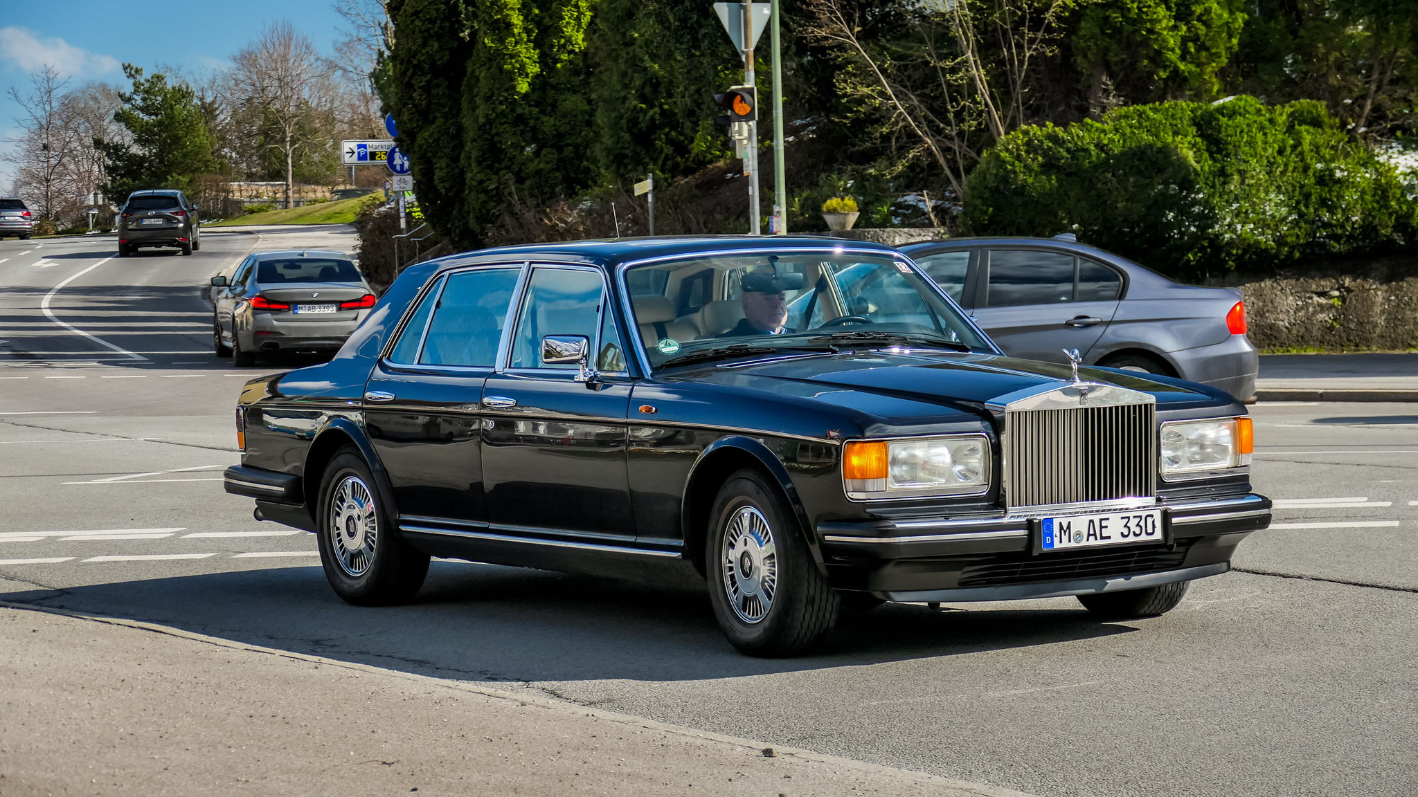 Rolls Royce Silver Spirit - M-AE-330