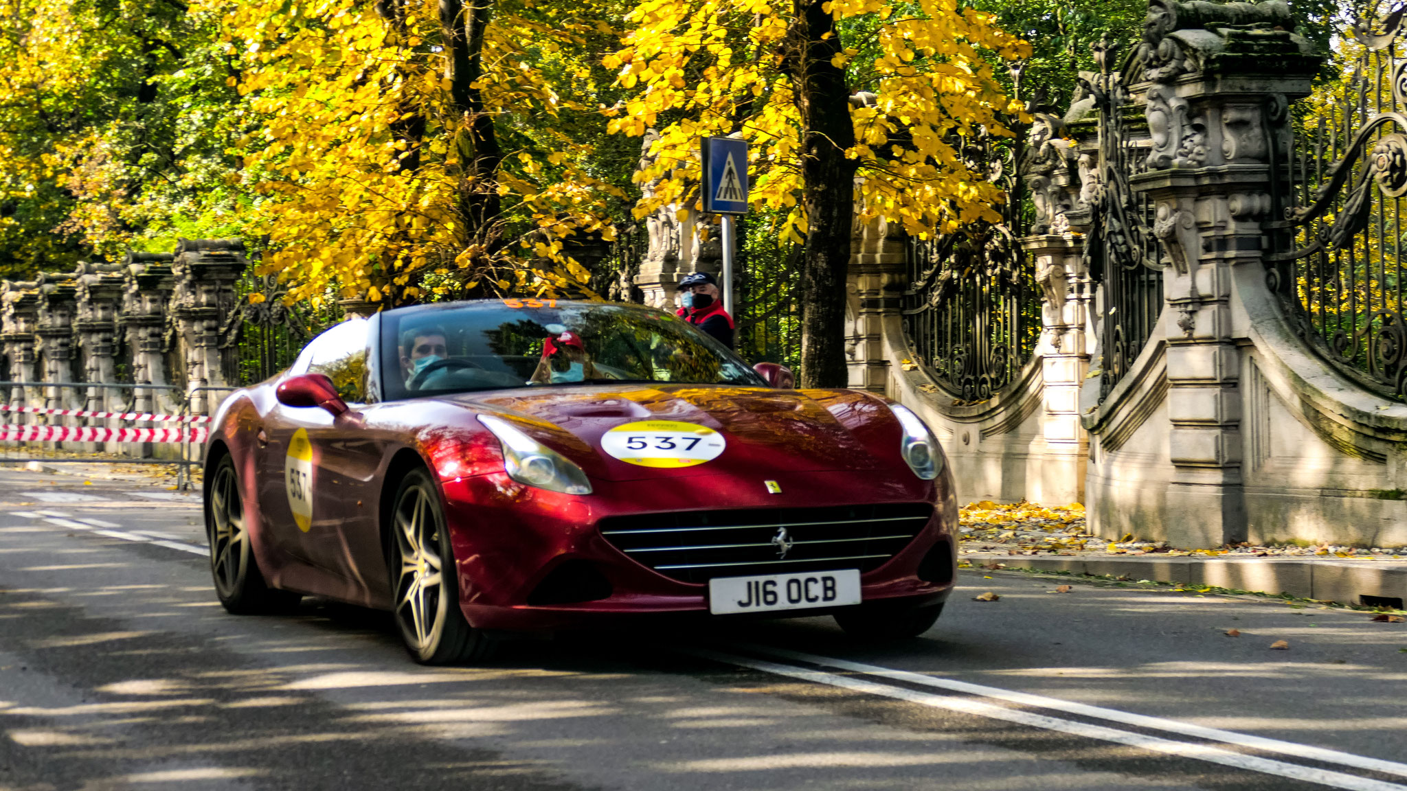 Ferrari California T - J16-OCB (GB)