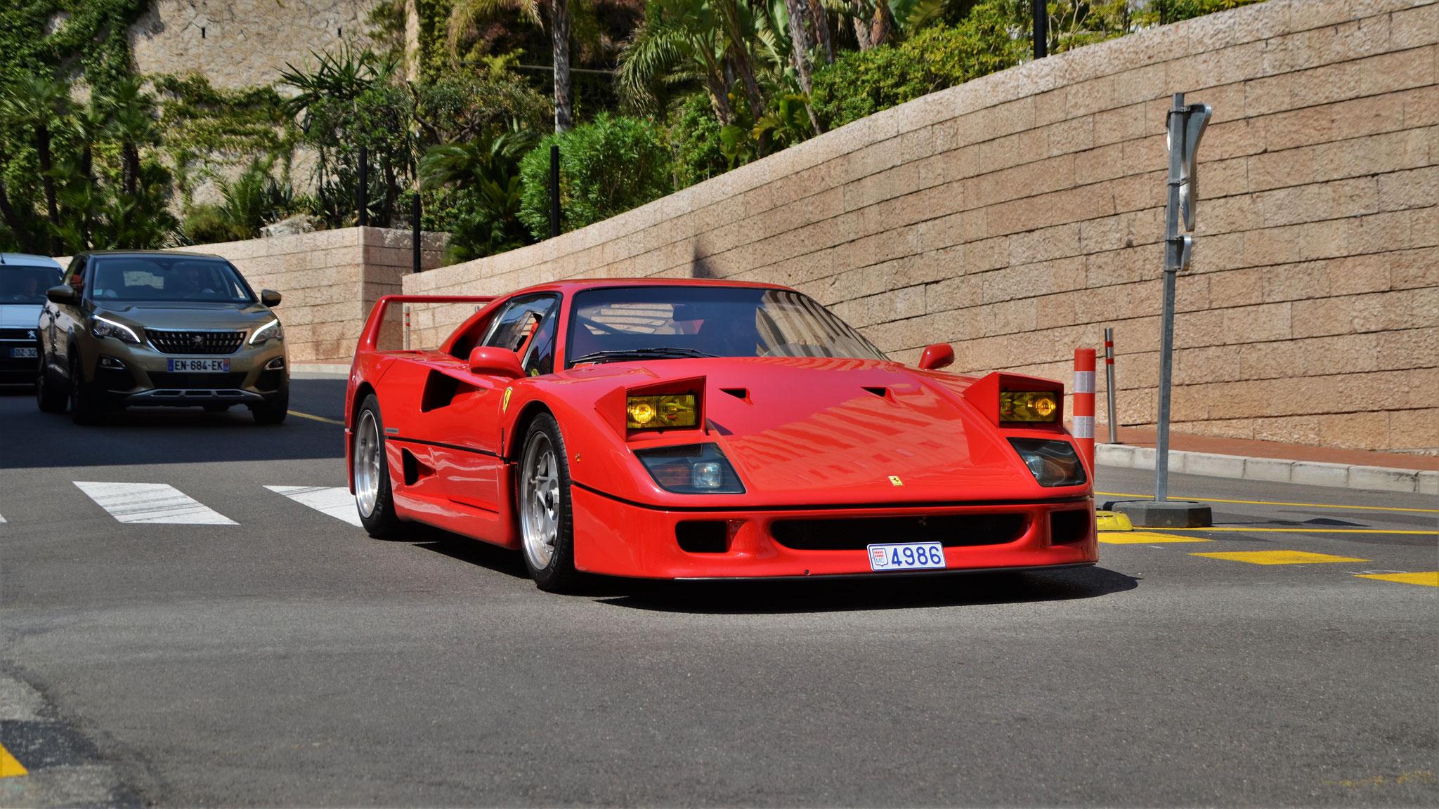 Ferrari F40 - 4986 (MC)