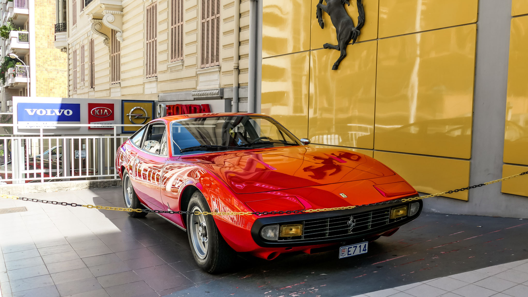 Ferrari 365 GTC4 - E714 (MC)