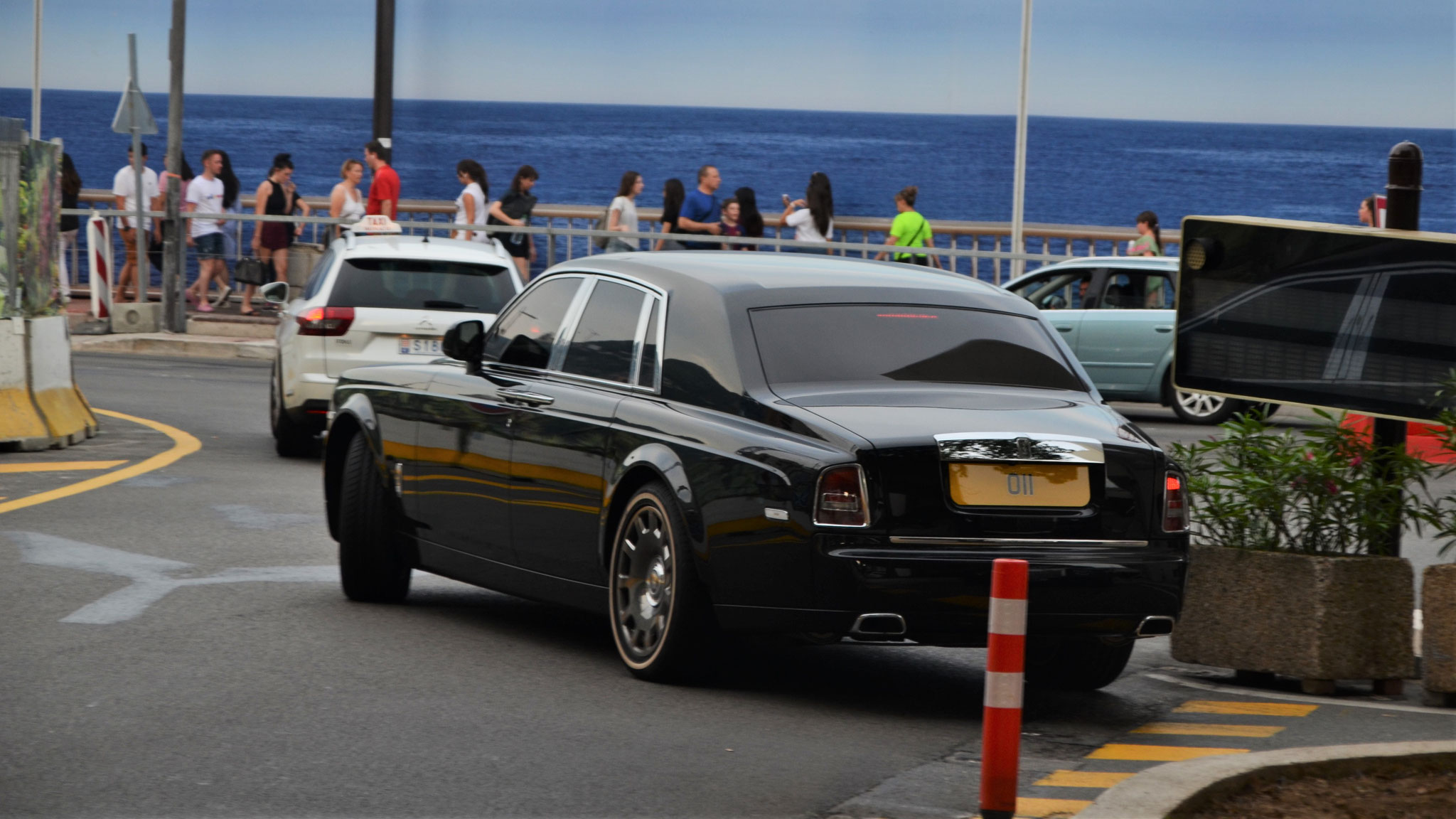 Rolls Royce Phantom - O11 (GB)