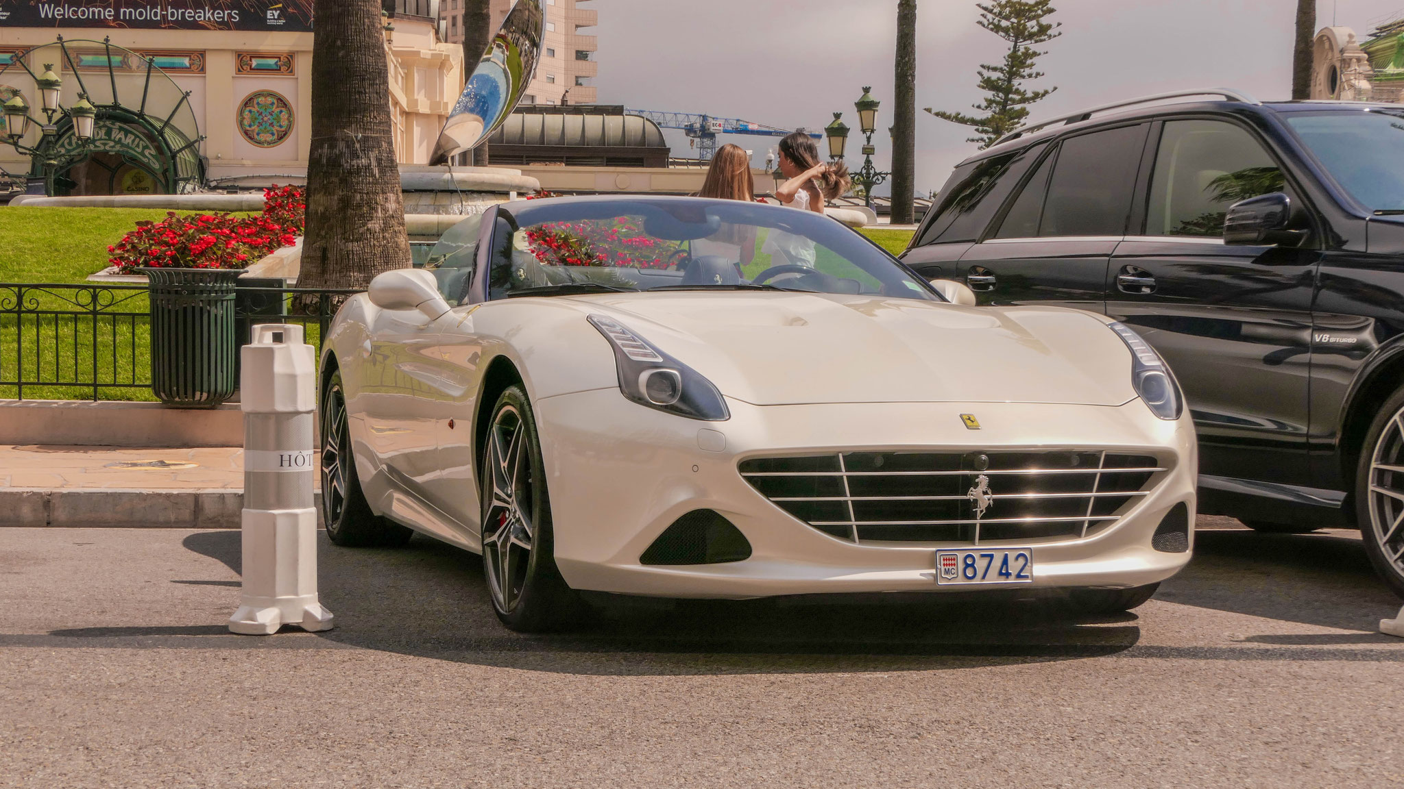 Ferrari California T - 8742 (MC)