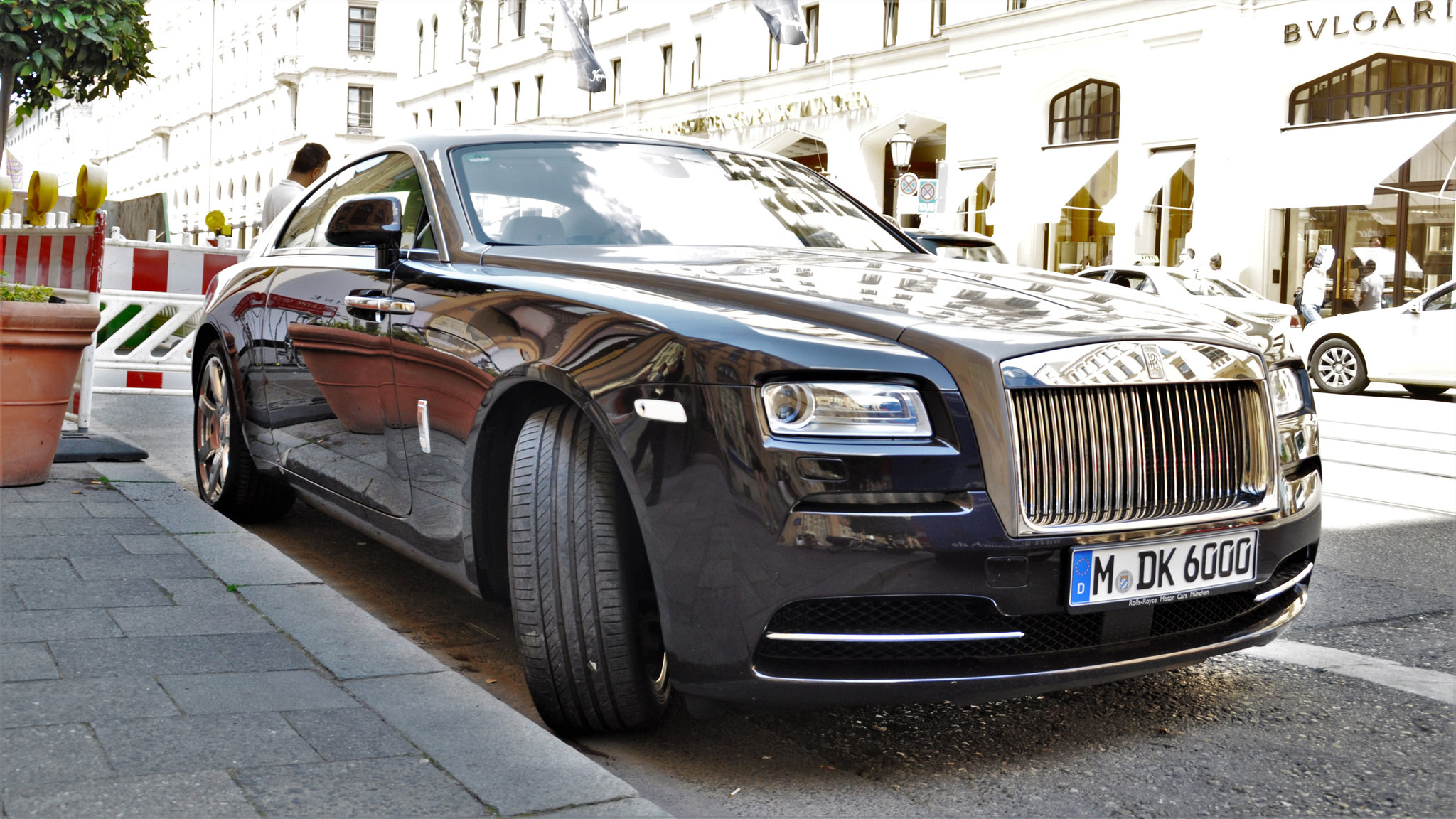Rolls Royce Wraith - M-DK-6000