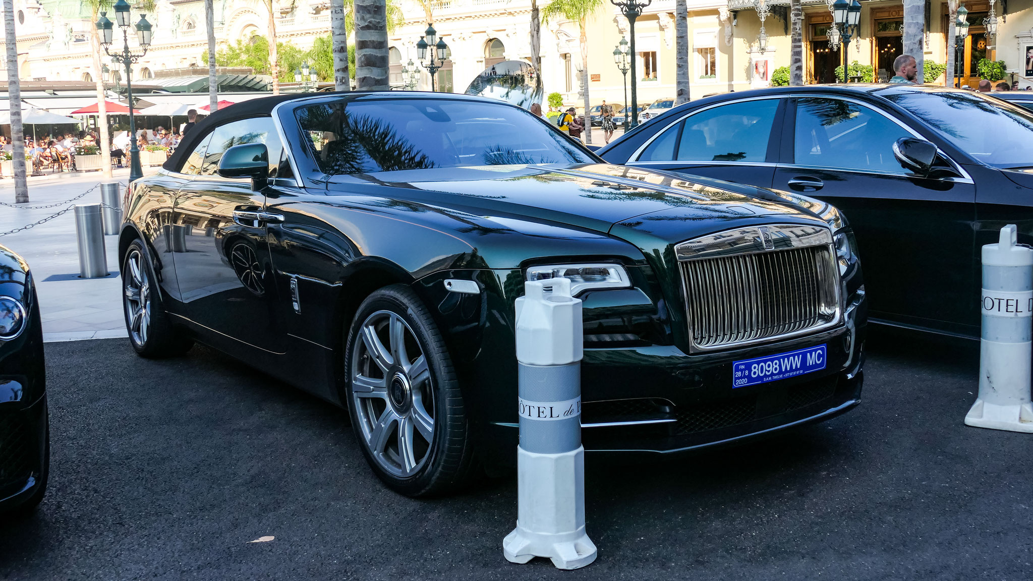 Rolls Royce Dawn - 8098-WW-MC (MC)