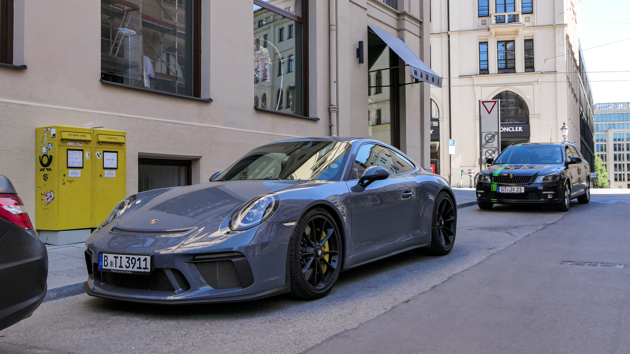 Porsche 991 GT3 Touring Package - B-TI-3911