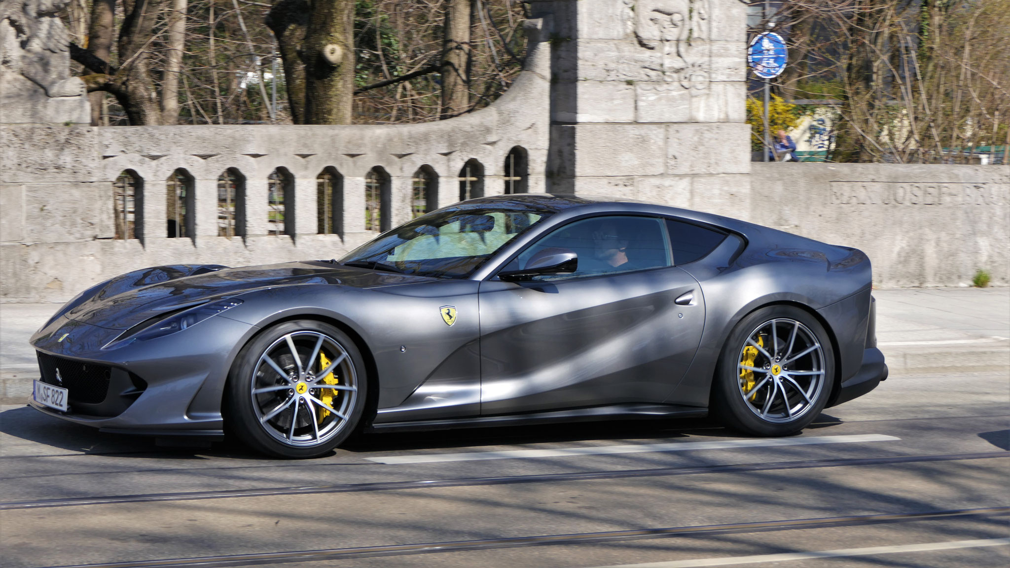 Ferrari 812 Superfast - M-SF-822