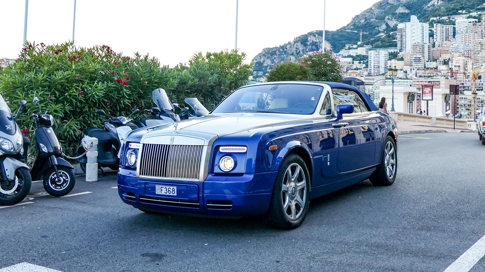 Rolls Royce Drophead - F368 (MC)