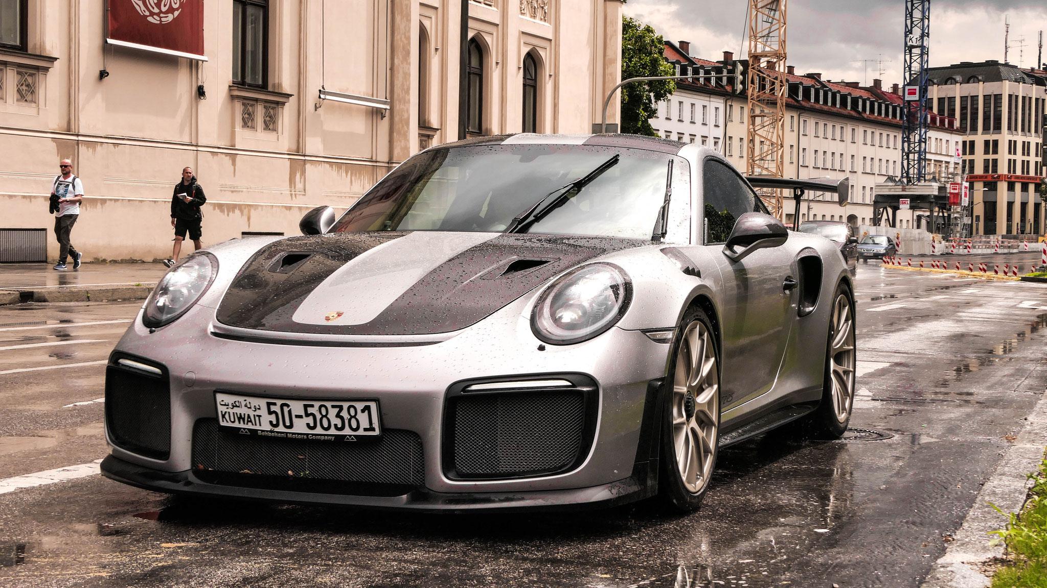 Porsche GT2 RS - 50-58381 (KWT)