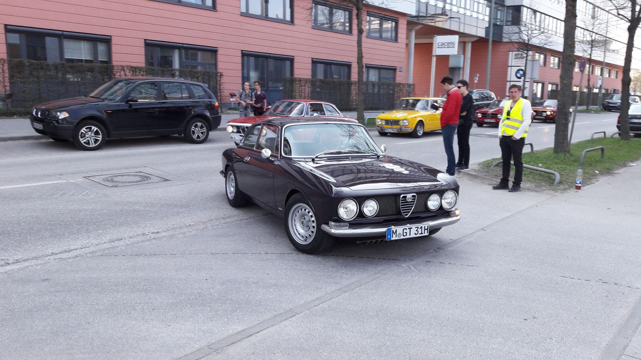 Alfa Romeo 2000 GT Veloce - M-GT-31H