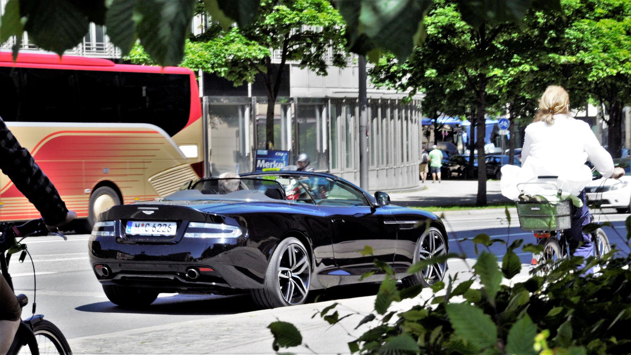 Aston Martin DB9 Volante - M-C-6226