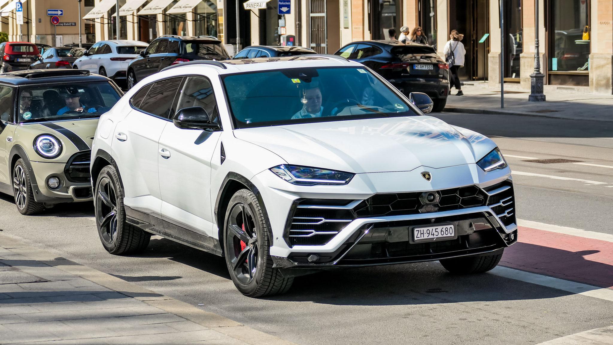 Lamborghini Urus - ZH-945680 (CH)