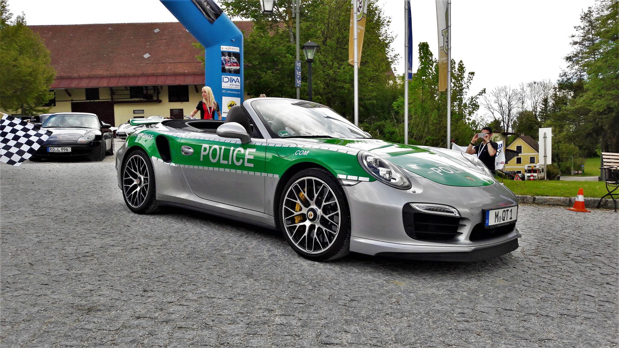 Porsche 911 Turbo S - M-QT-1