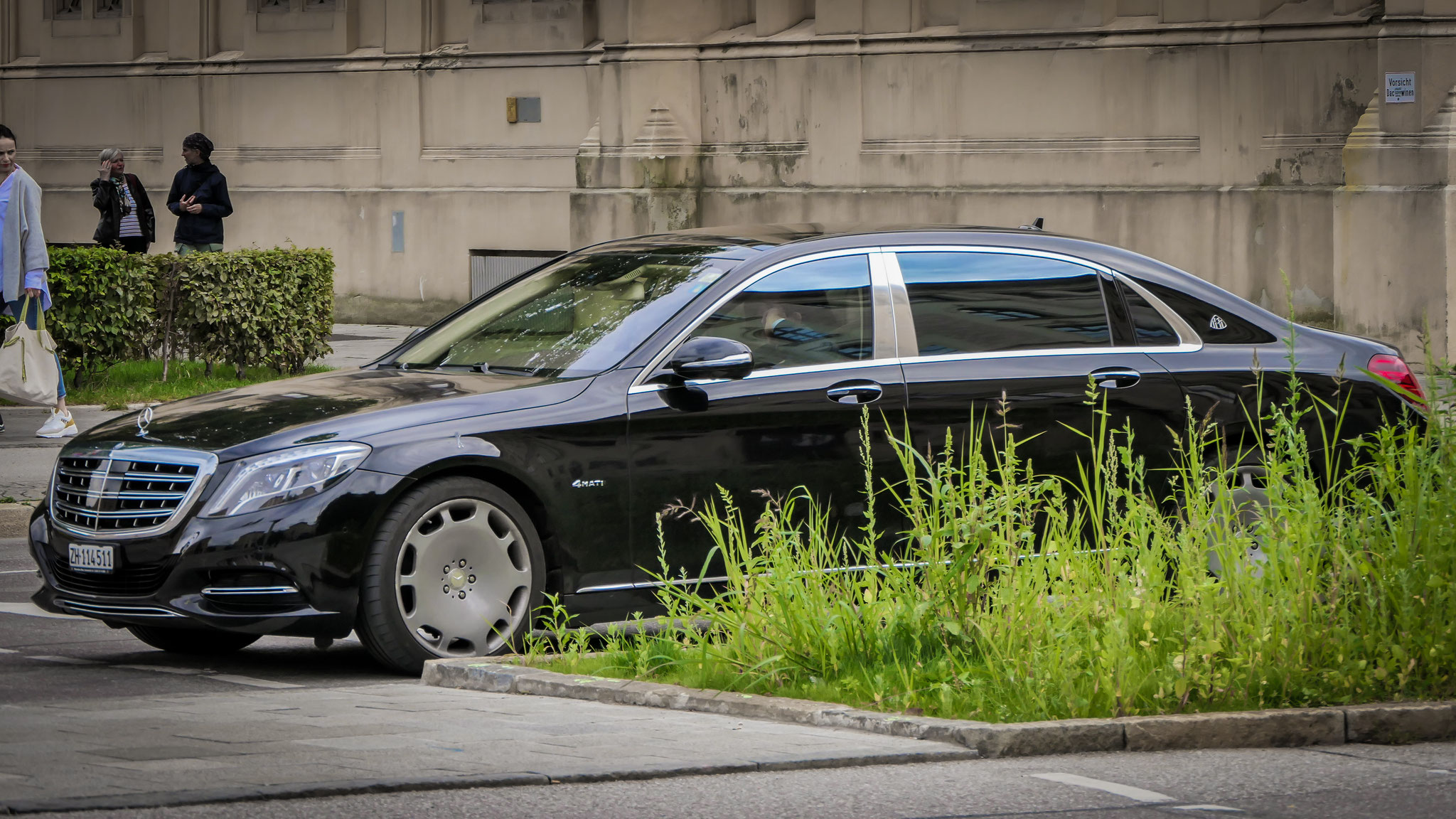 Mercedes Maybach S560 - ZH-114511 (CH)