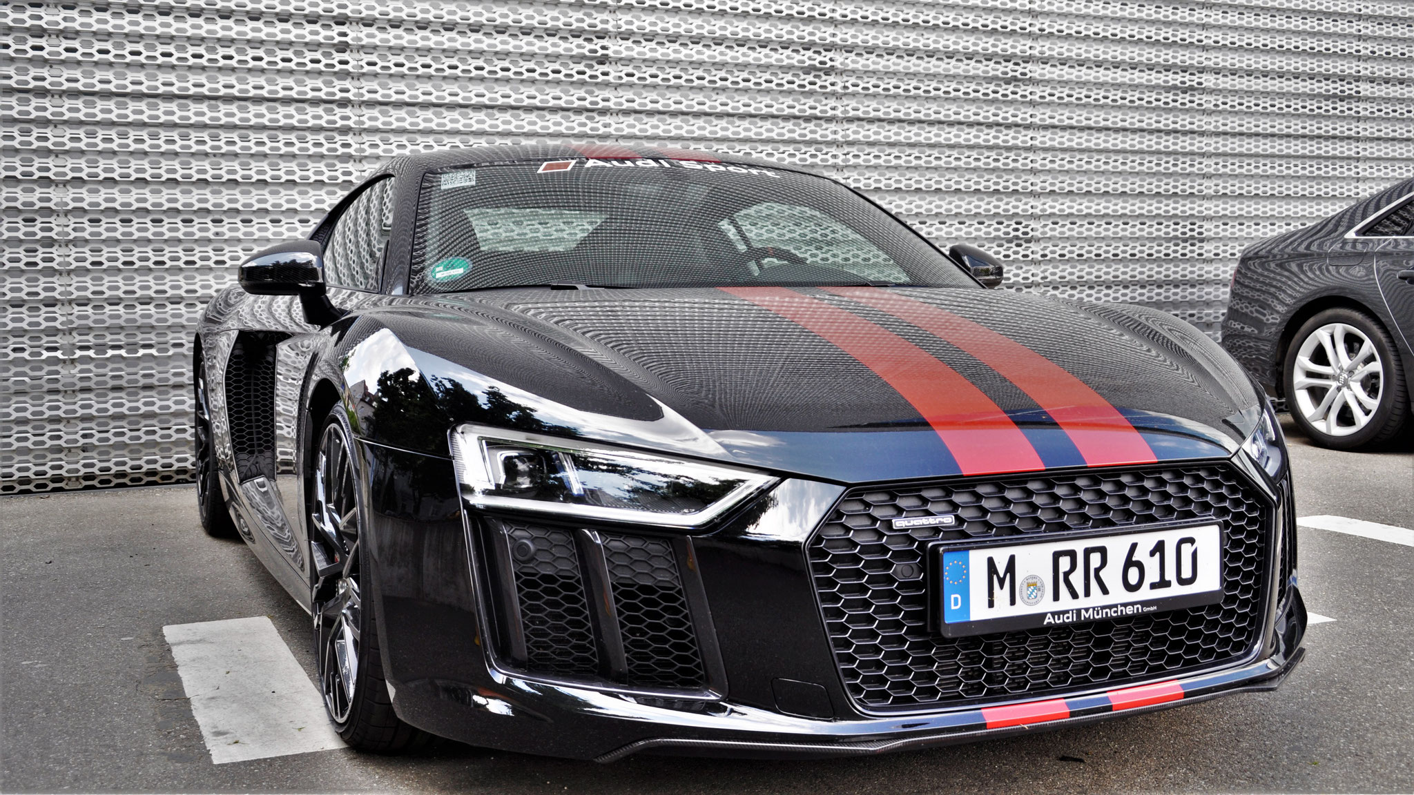 Audi R8 V10 - M-RR-610