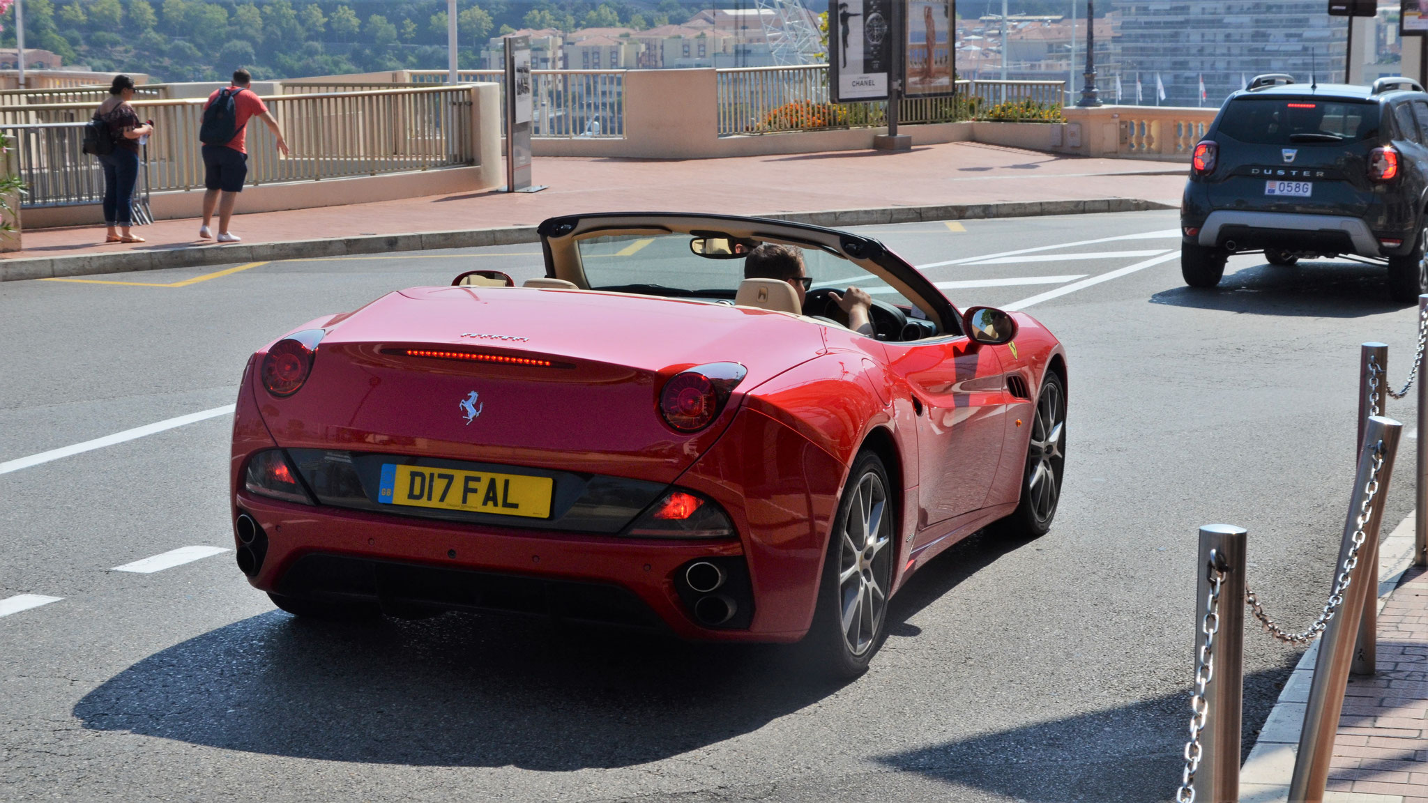 Ferrari California - D17-FAL (GB)