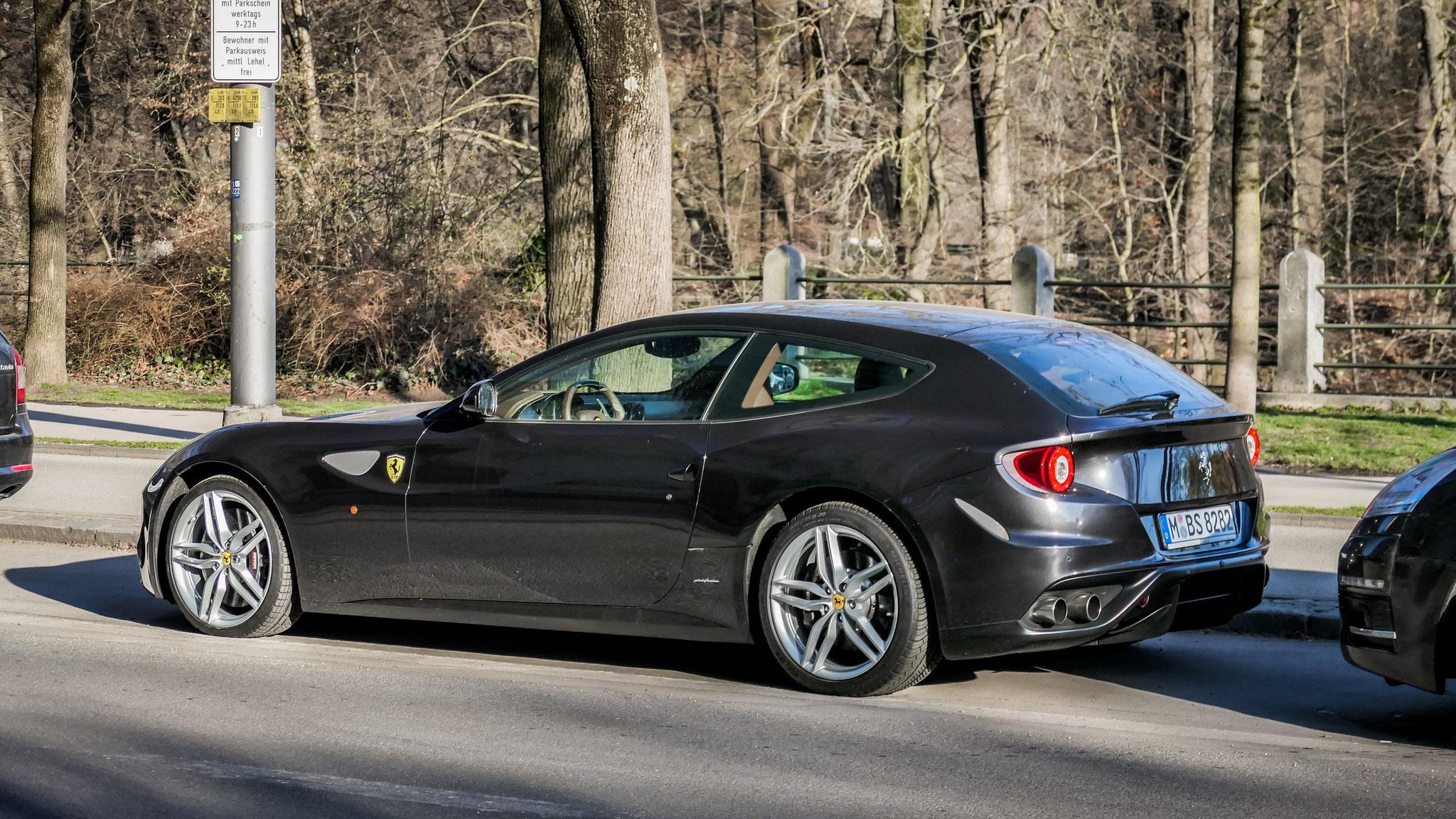 Ferrari FF - M-BS-8282