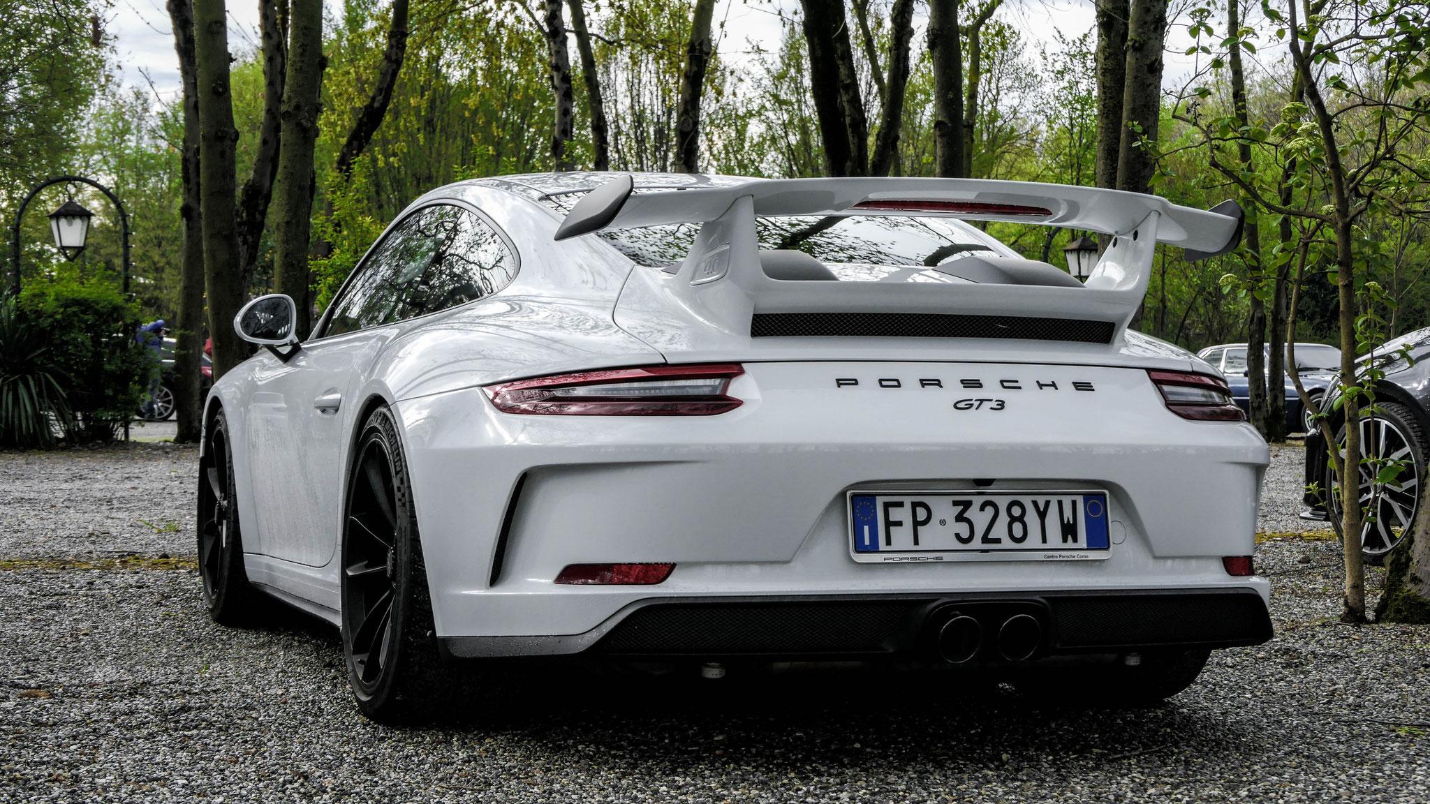 Porsche 991 GT3 - FP-328-YW (ITA)