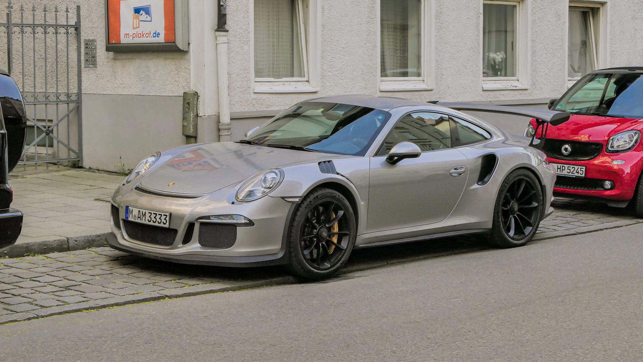 Porsche 911 GT3 RS - M-AM-3333