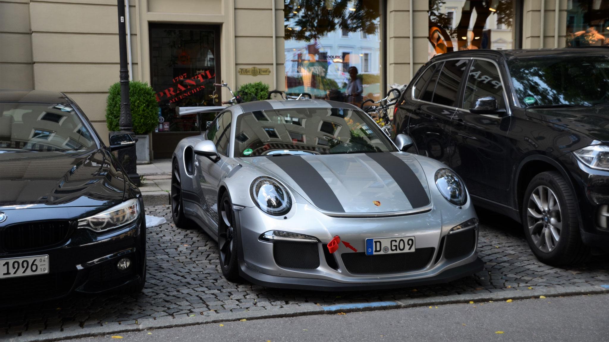 Porsche 911 GT3 RS - D-GO-9