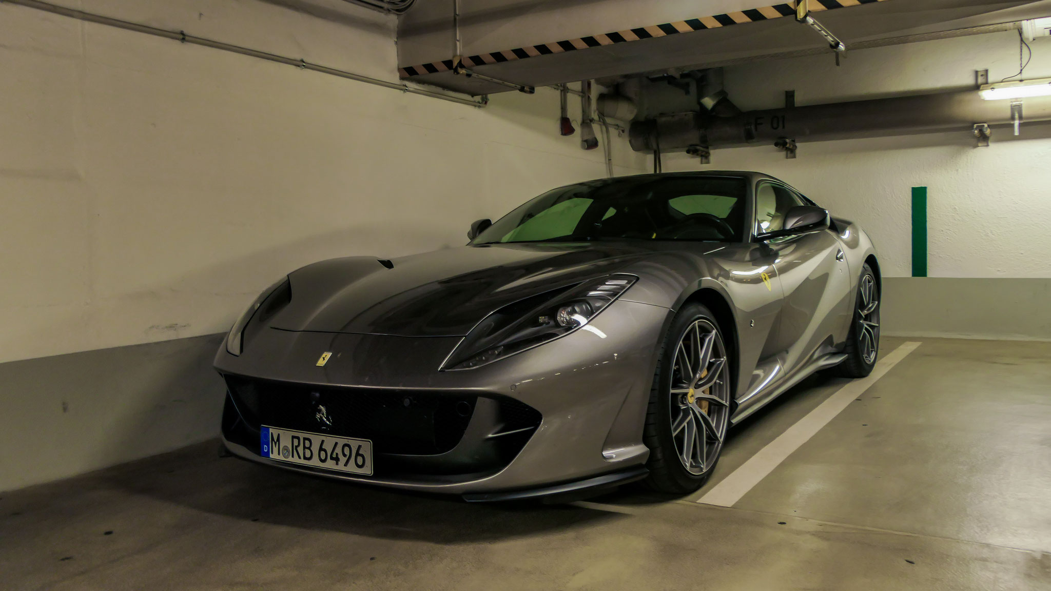 Ferrari 812 Superfast - M-RB-6496