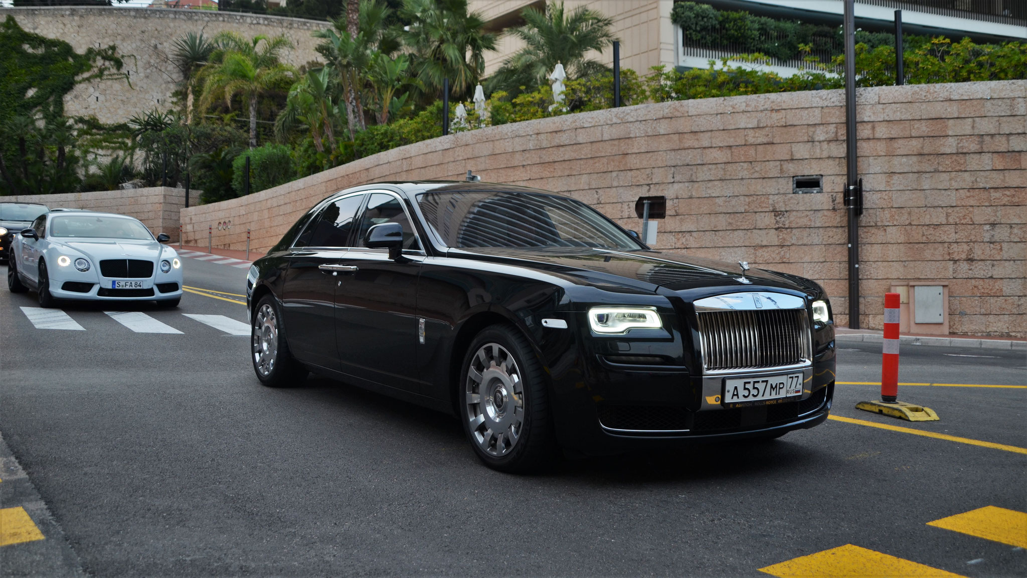 Rolls Royce Ghost Series II - A-557-MP-77 (RUS)