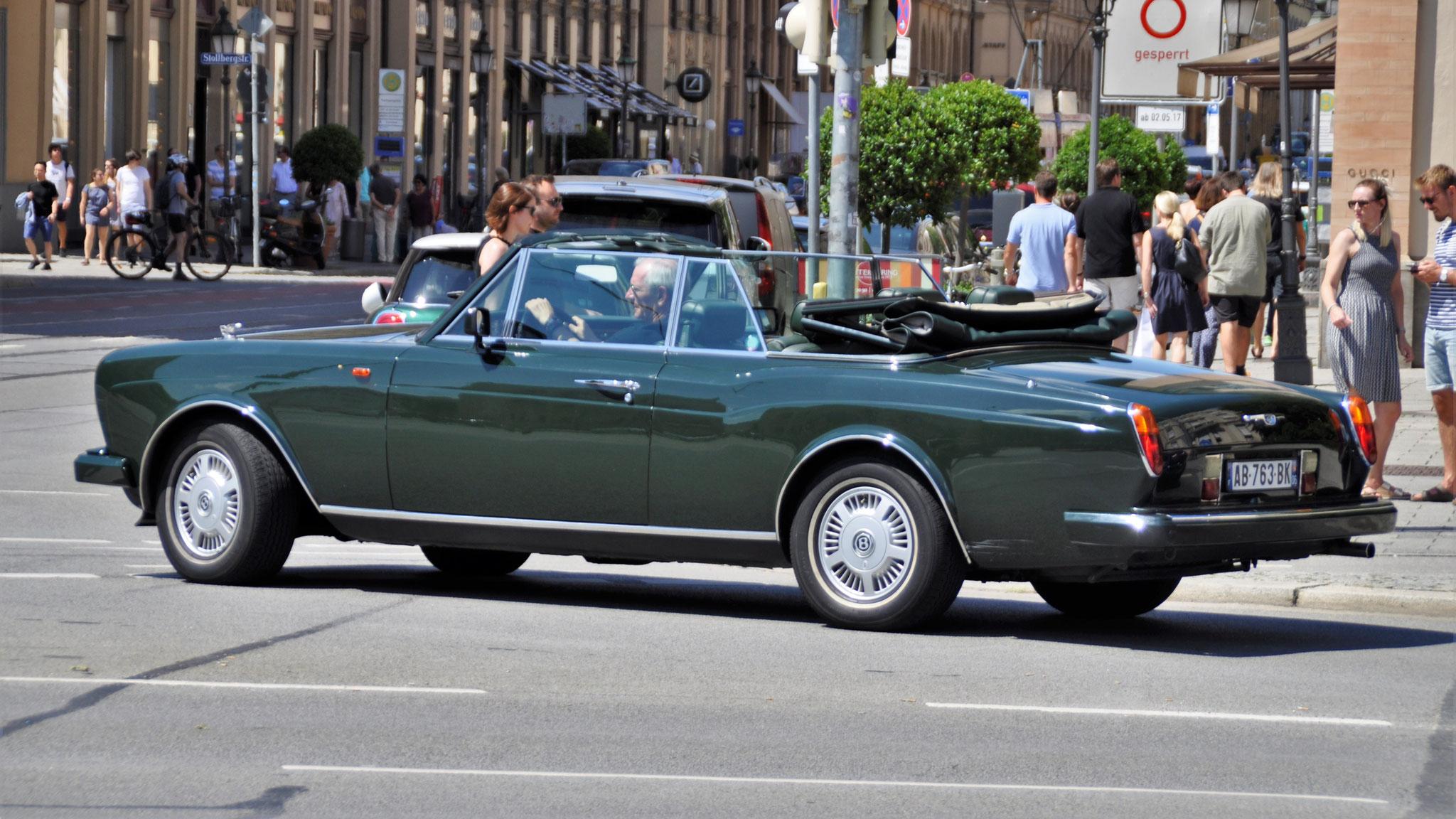 Bentley Corniche - AB-763-BK (FRA)