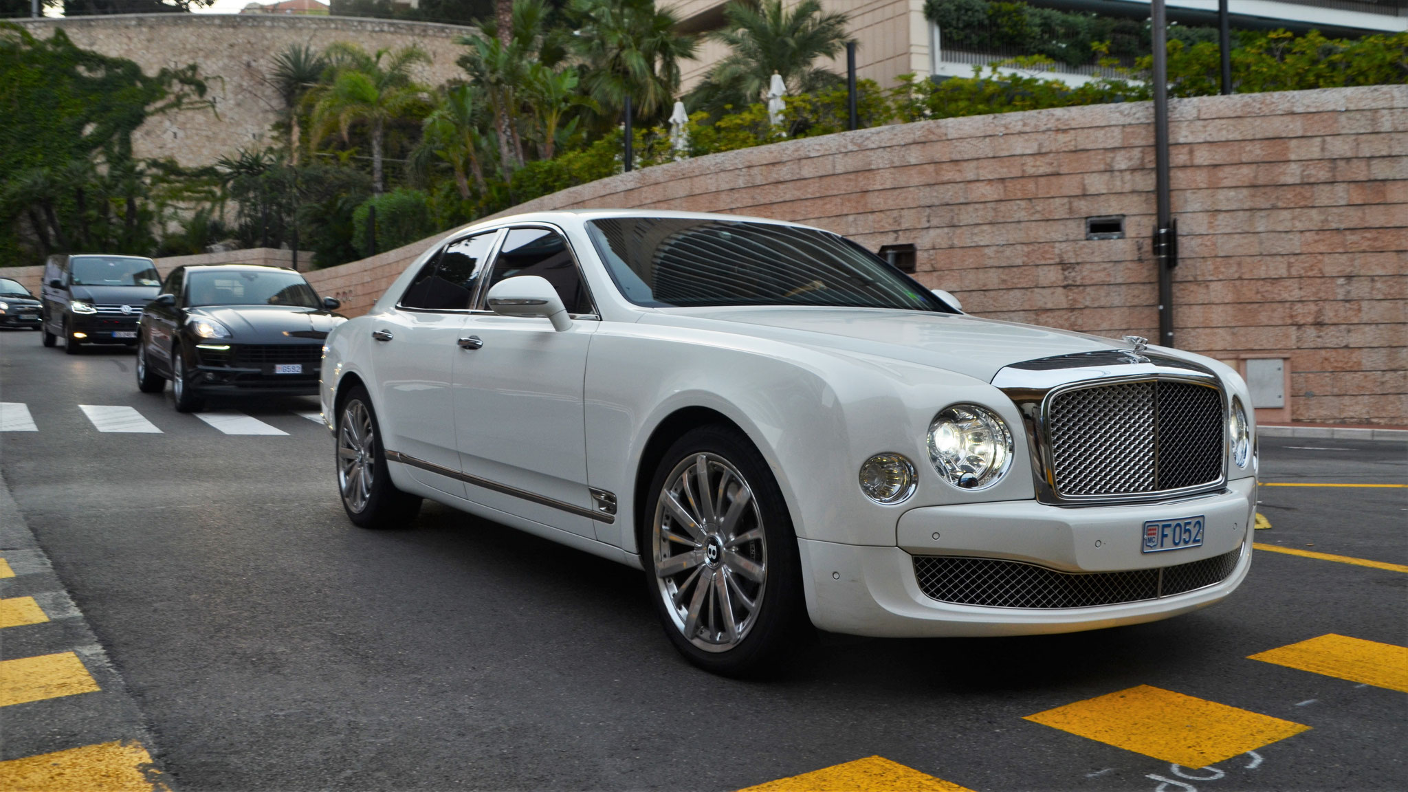 Bentley Mulsanne - F052 (MC)