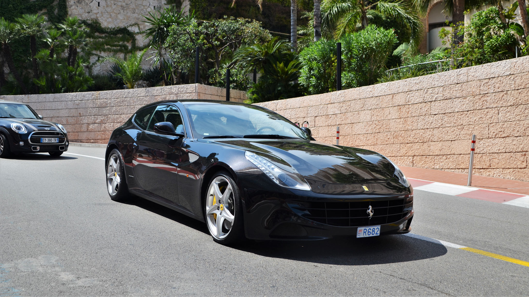 Ferrari FF - R682 (MC)