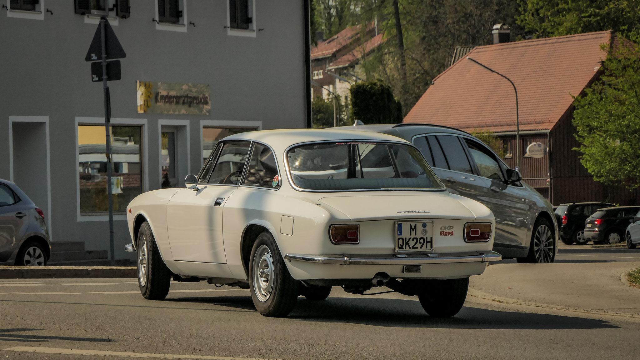Alfa Romeo Giulia Sprint GT - M-QK-29H