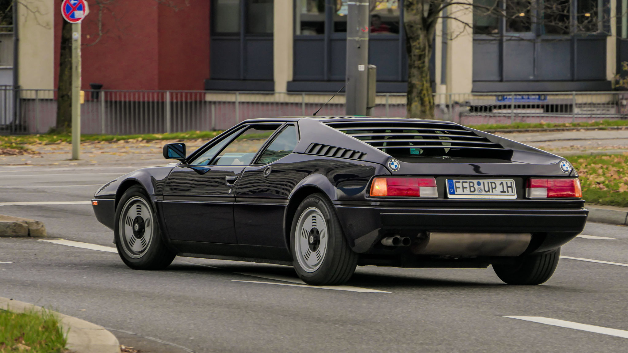 BMW M1 - FFB-UP-1H