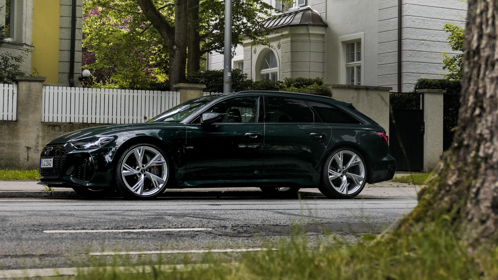 Audi RS6 - B-C-1842