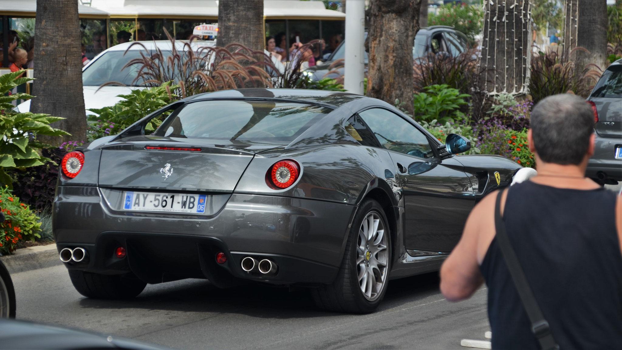 Ferrari 599 GTB - AY-561-WB-06 (FRA)