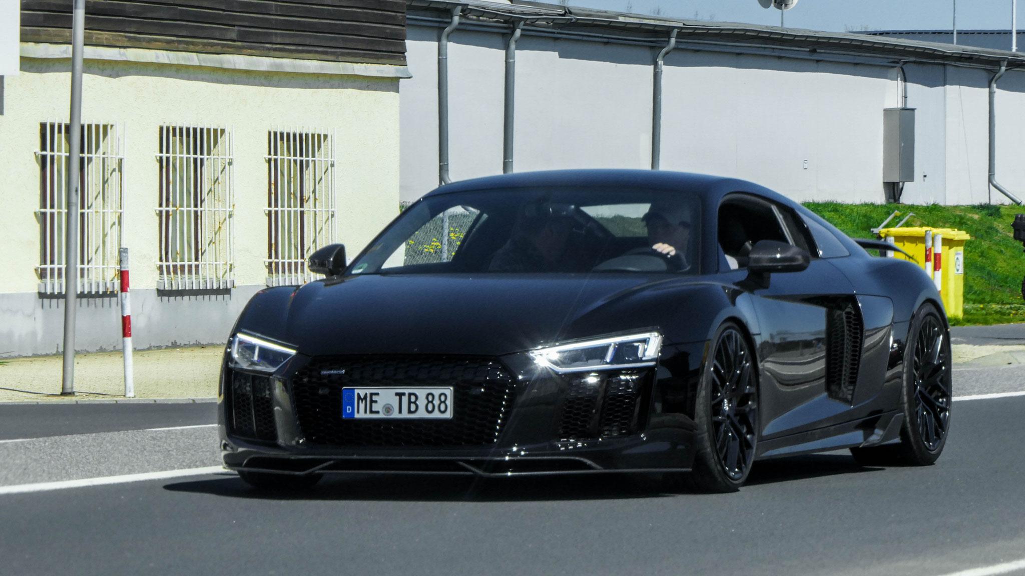 Audi R8 V10 - ME-TB-88
