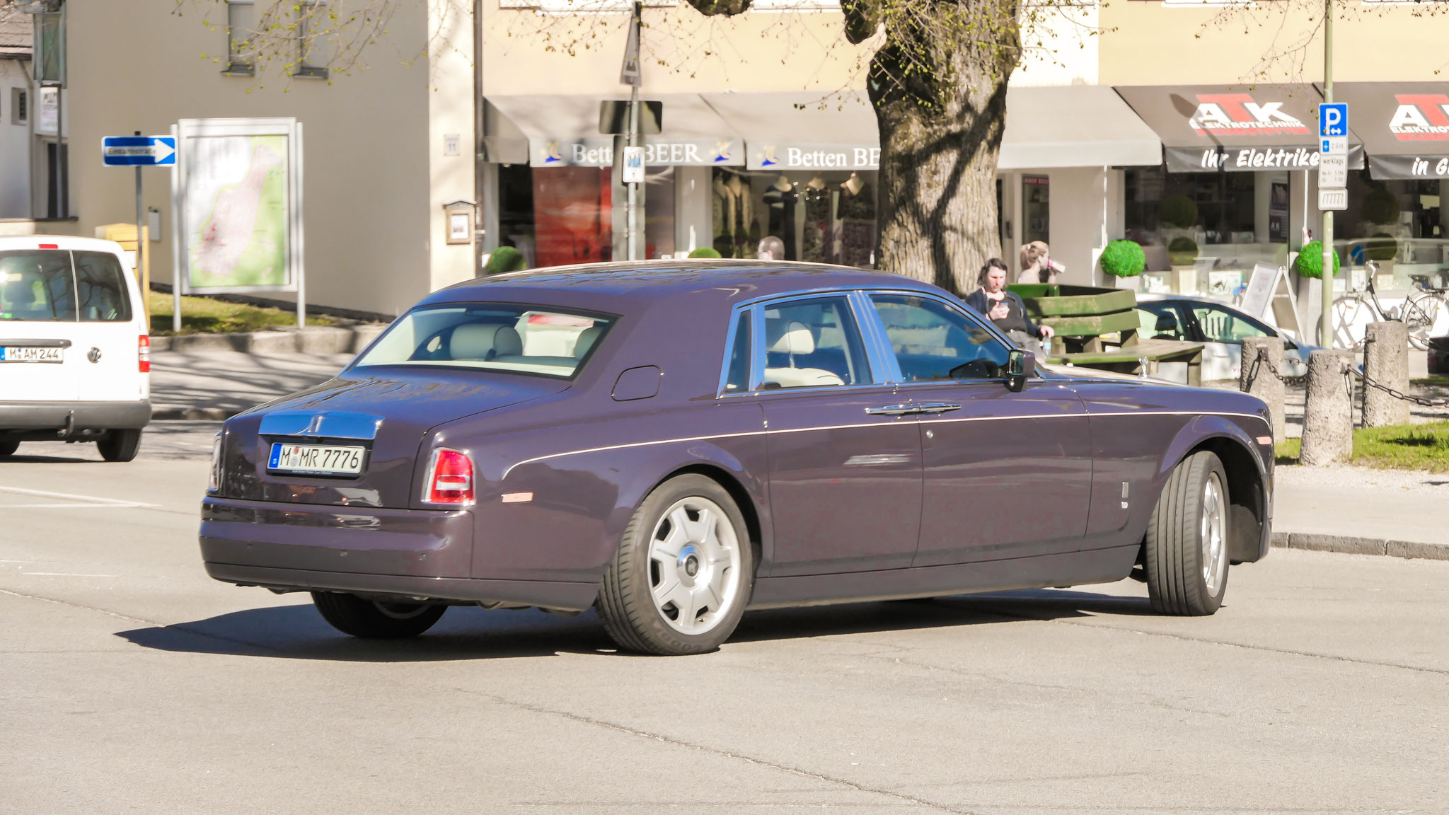 Rolls Royce Phantom - M-MR-7776