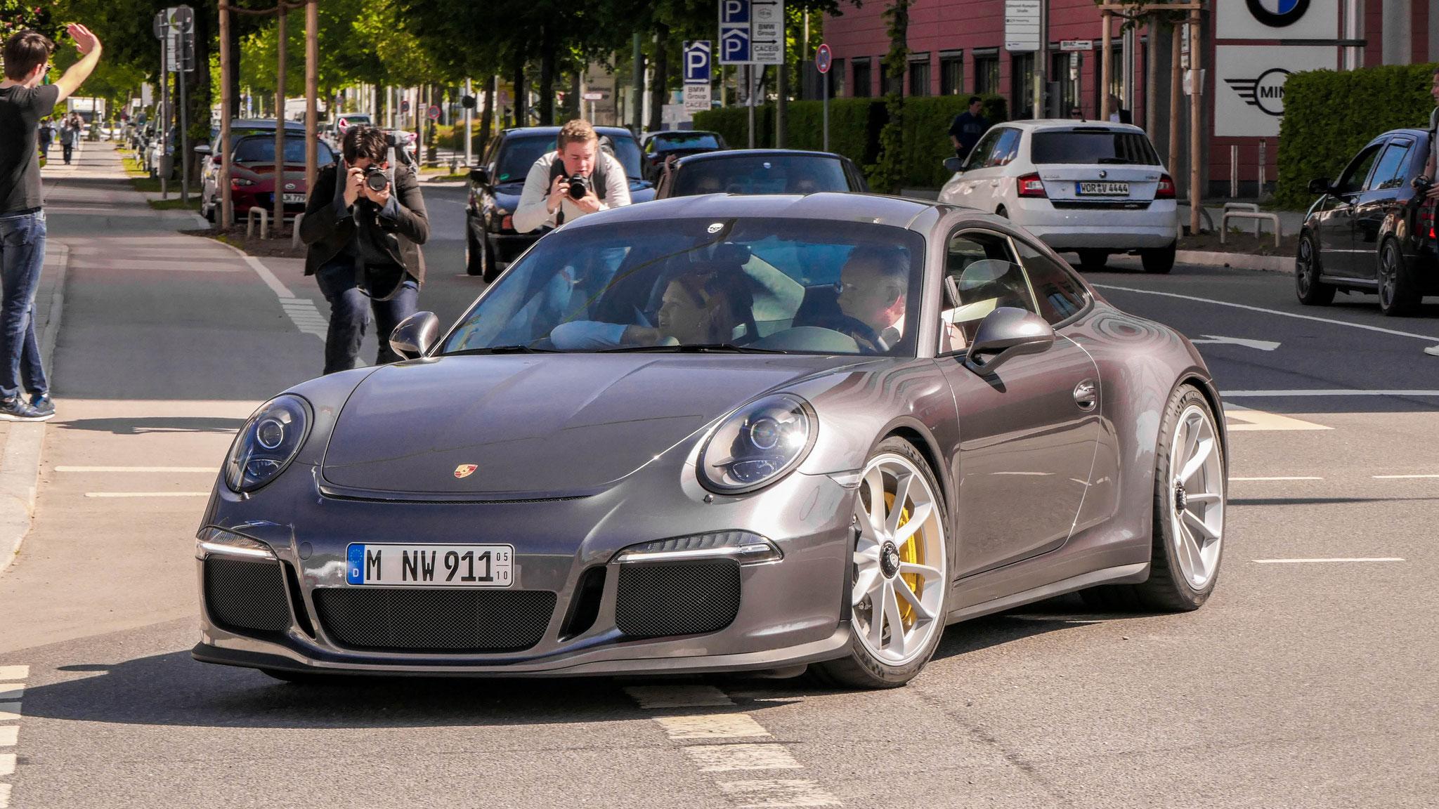 Porsche 911 R - M-NW-911