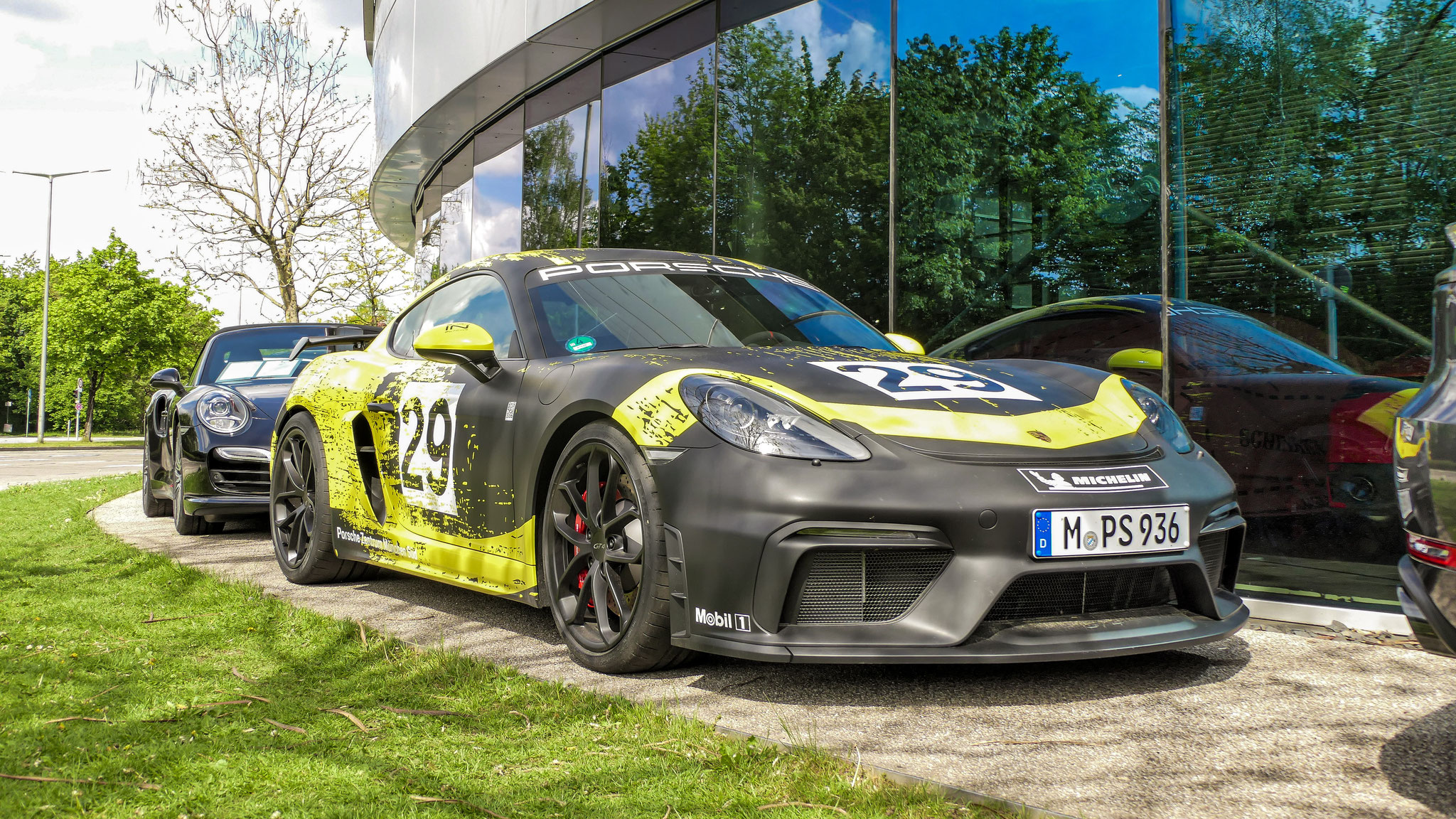 Porsche Cayman GT4 - M-PS-936