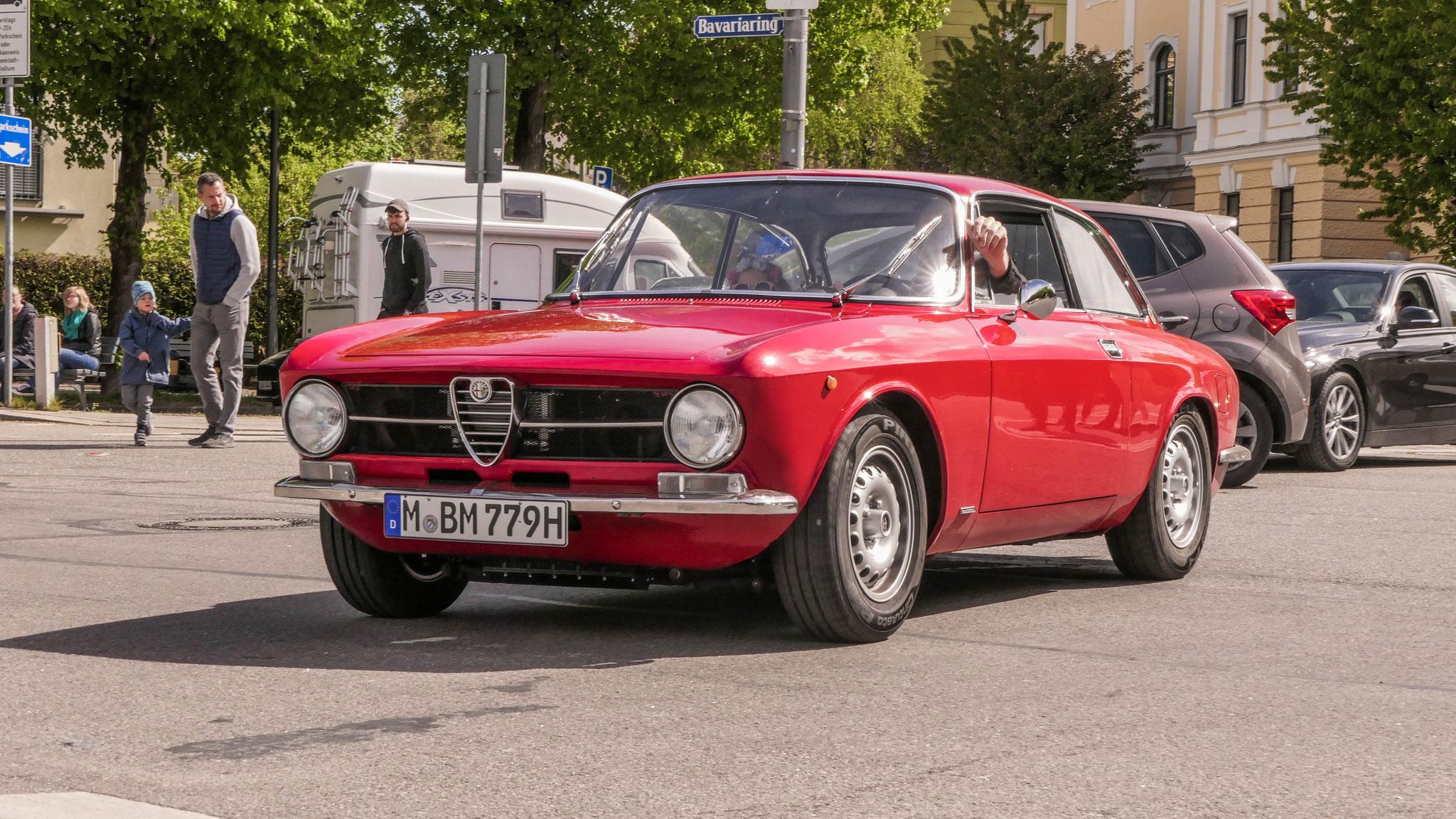 Alfa Romeo Giulia Sprint GT - M-BM-779H